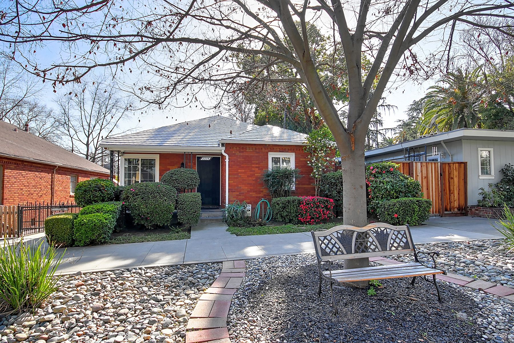 Single Family Homes for Sale at 2214 U Street, Sacramento, CA 95818 2214 U Street Sacramento, California 95818 United States