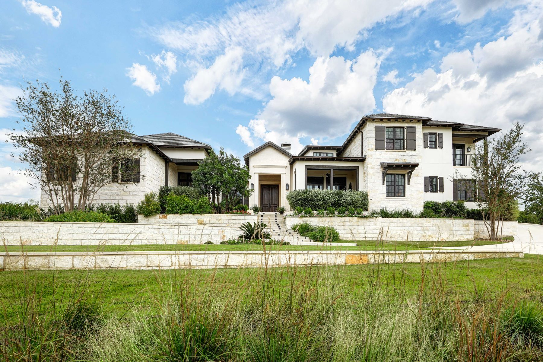 Single Family Homes for Active at Beautiful Home with Stunning Views 57 Oakland Hills Boerne, Texas 78006 United States