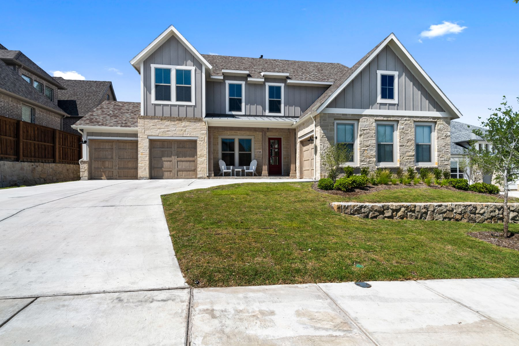 Single Family Homes for Sale at 1728 Crested Ridge Road, Aledo, TX, 76008 1728 Crested Ridge Road Aledo, Texas 76008 United States