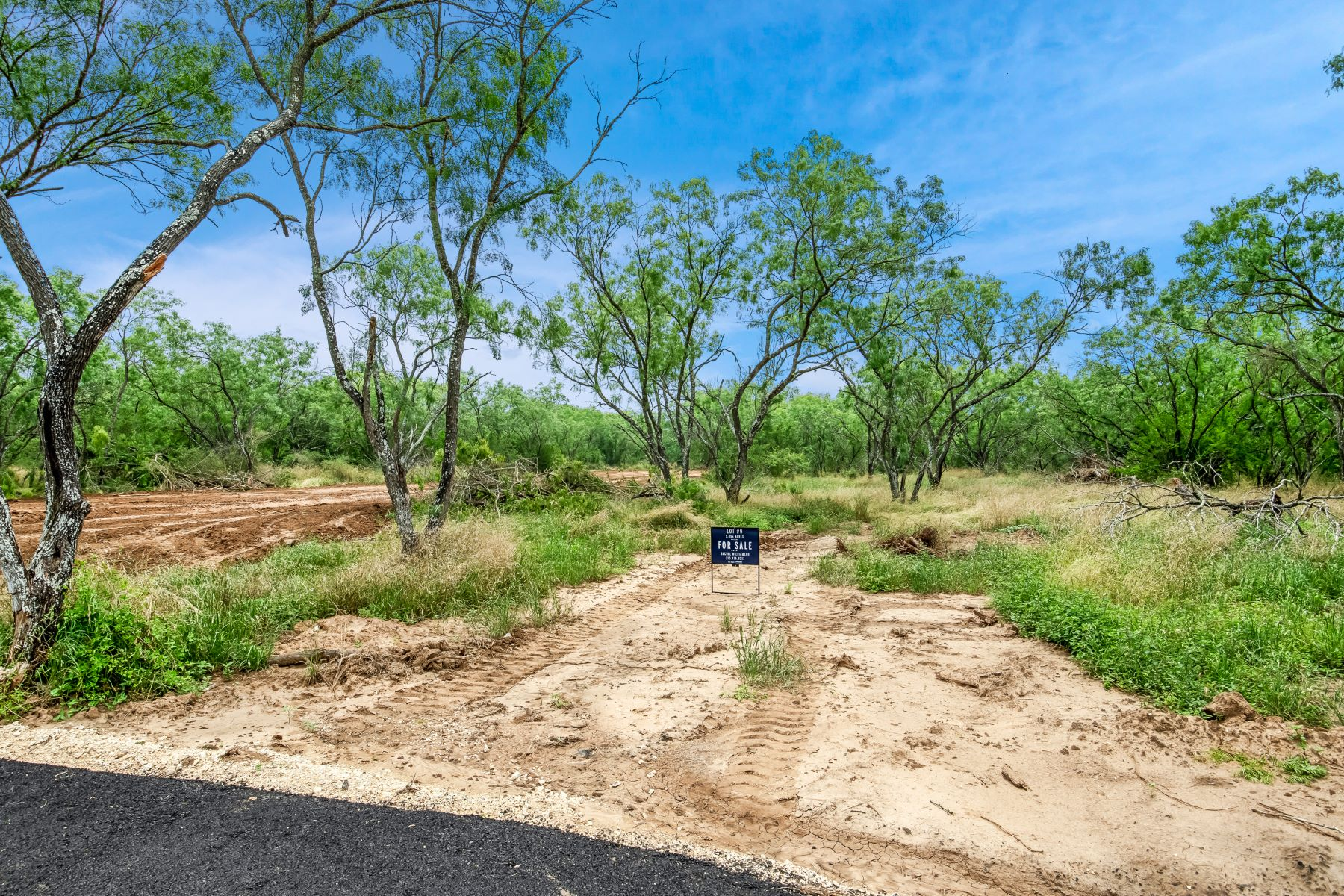 Land for Sale at New Development In A Supreme Location 14614 Silesia Drive Lot 9 St. Hedwig, Texas 78152 United States