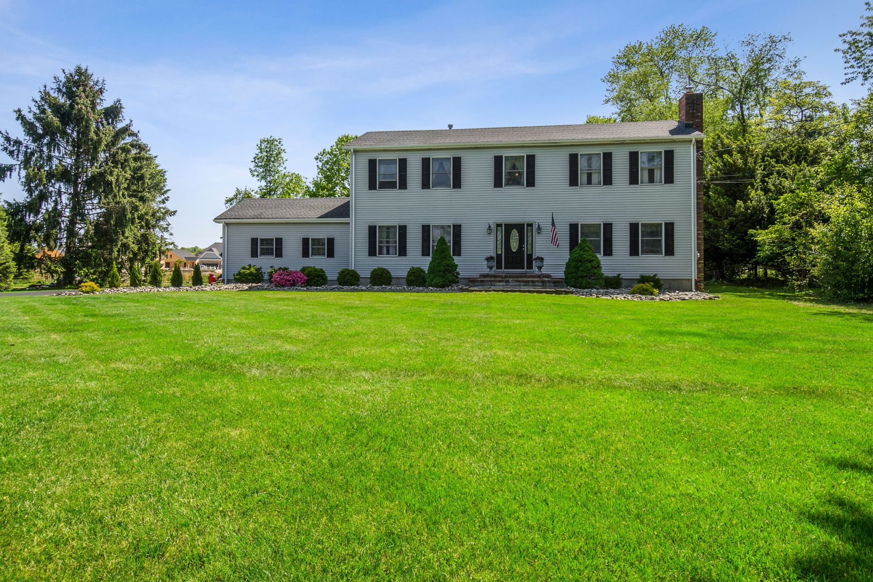 In Robbinsville, a Colonial at Its Best 147 Hankins Road, Hightstown, New Jersey 08520 Vereinigte Staaten