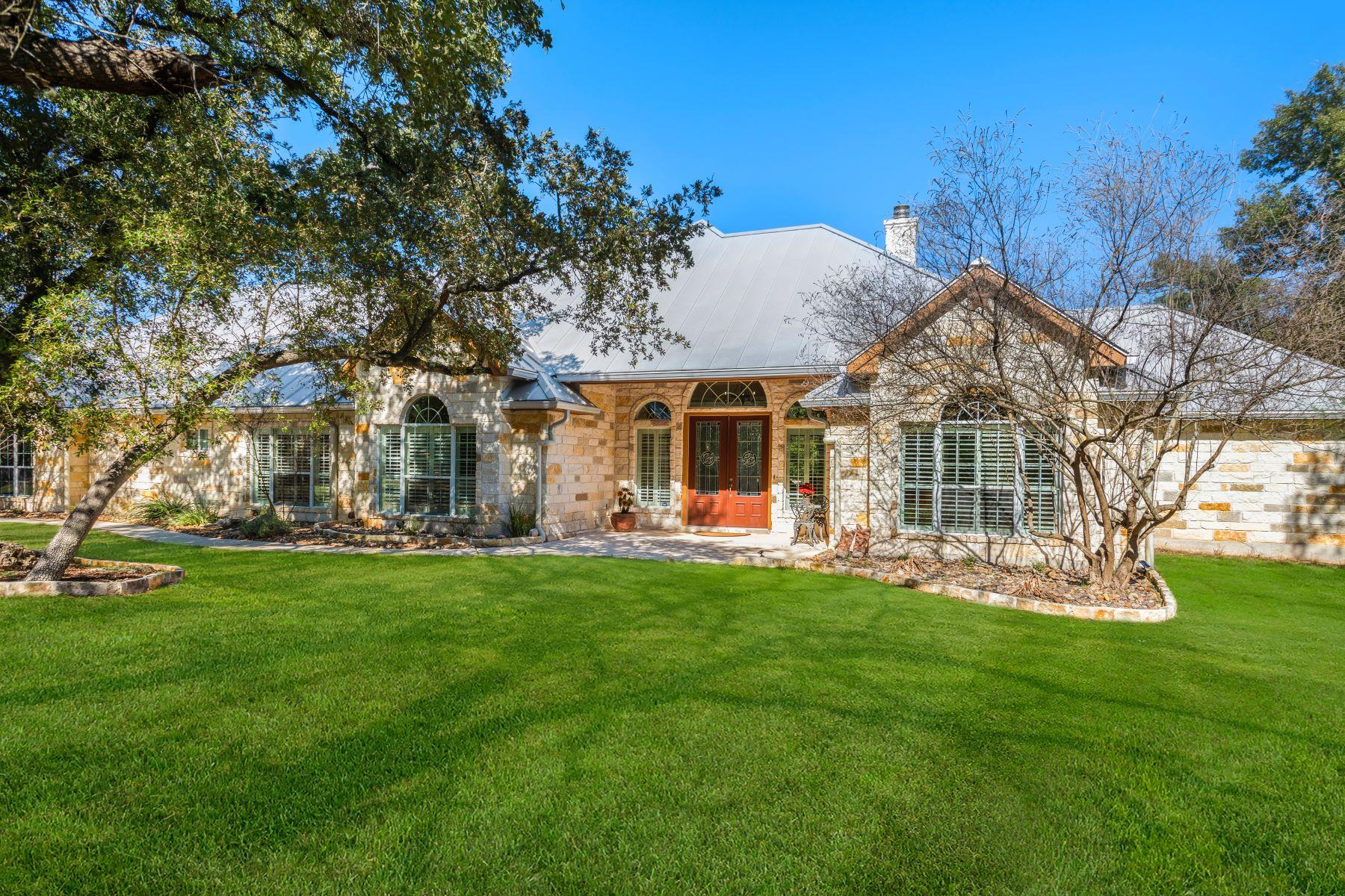 Single Family Homes für Verkauf beim GUADALUPE RIVERFRONT 1890 Guadalupe Bend, Boerne, Texas 78006 Vereinigte Staaten