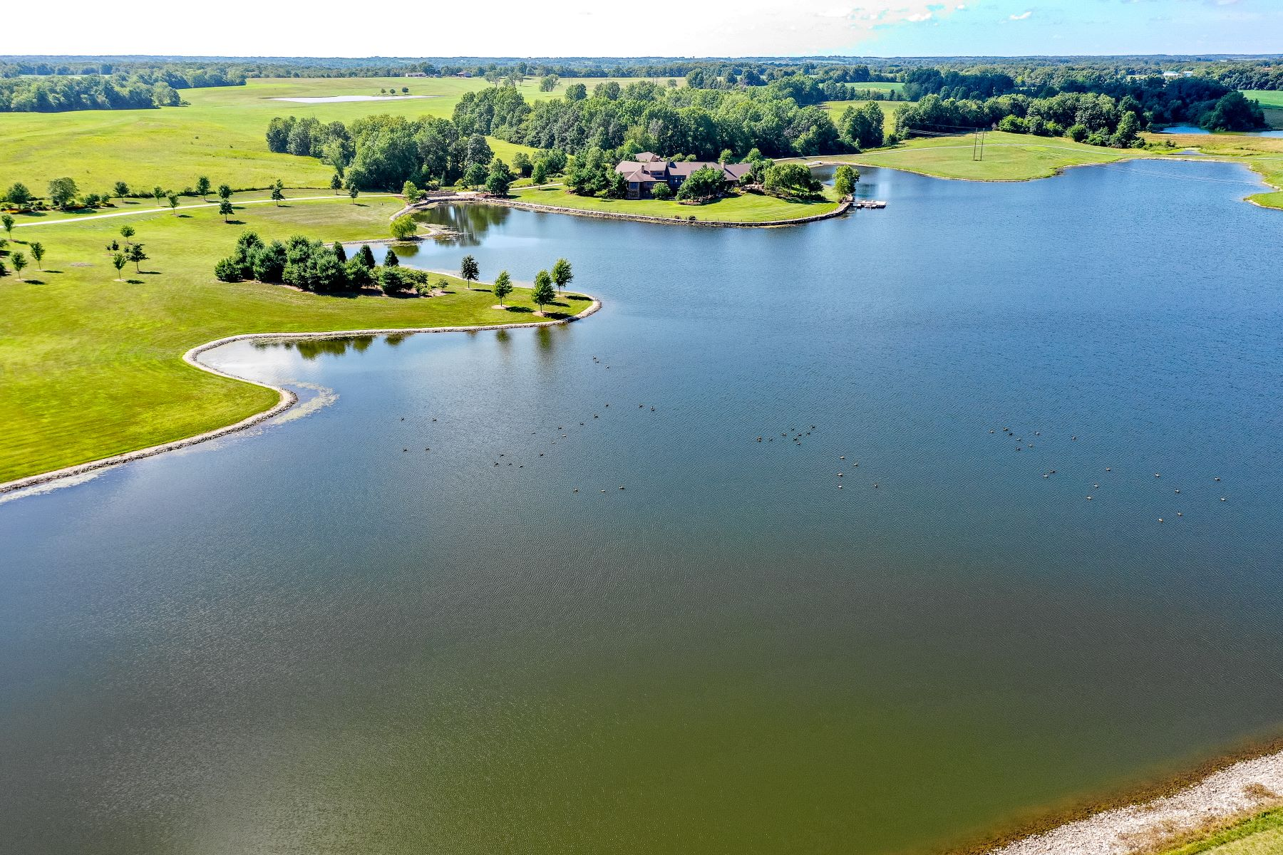 Additional photo for property listing at Country Shores Nature Estate 17715b Barth Avenue Salisbury, Missouri 65281 United States