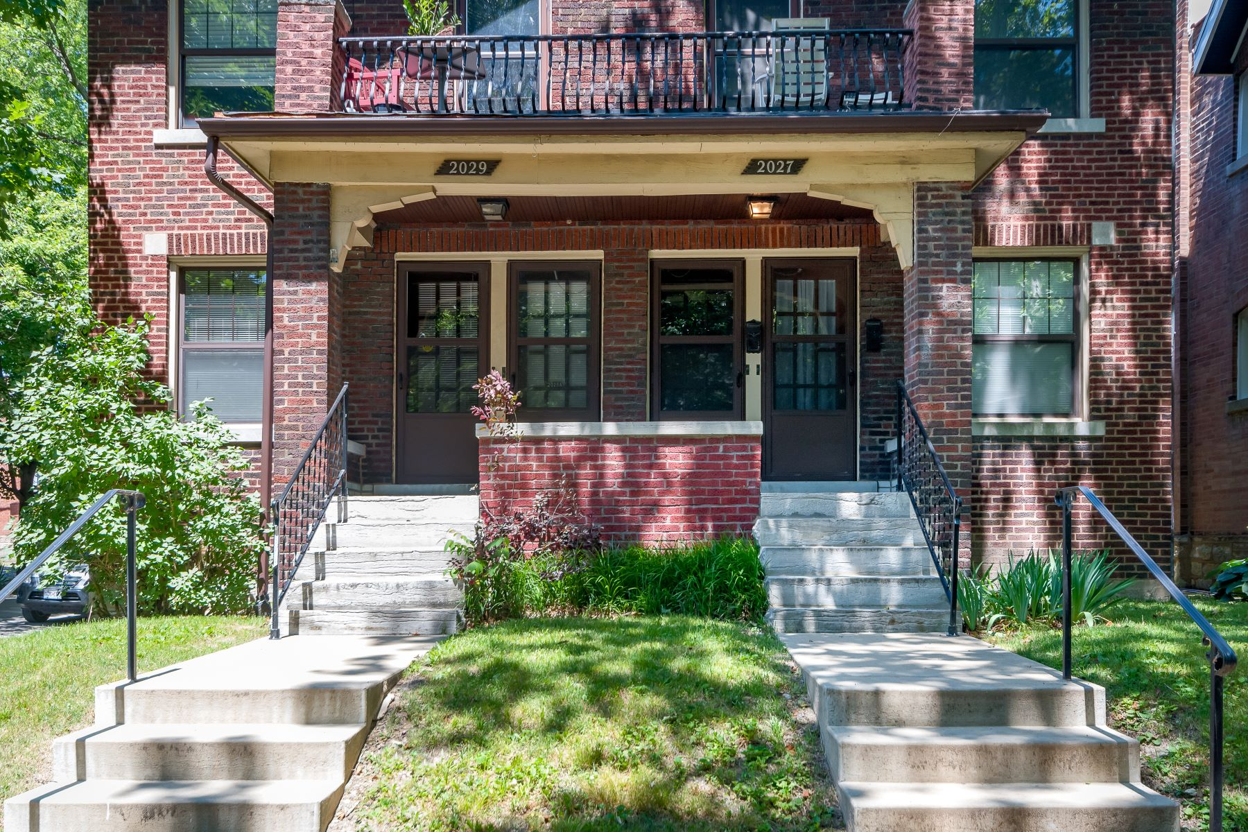 Additional photo for property listing at Beautiful Southwest Garden Multi-Family 2027 Alfred Avenue St. Louis, Missouri 63110 United States