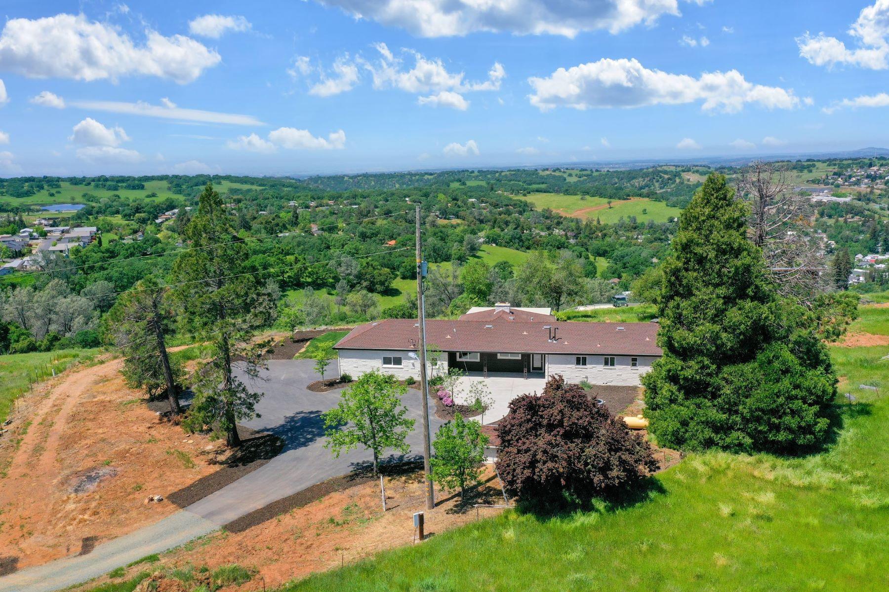 Other Residential Homes por un Venta en 40 Mile Big Views! 12152 Citta Vista Sutter Creek, California 95685 Estados Unidos