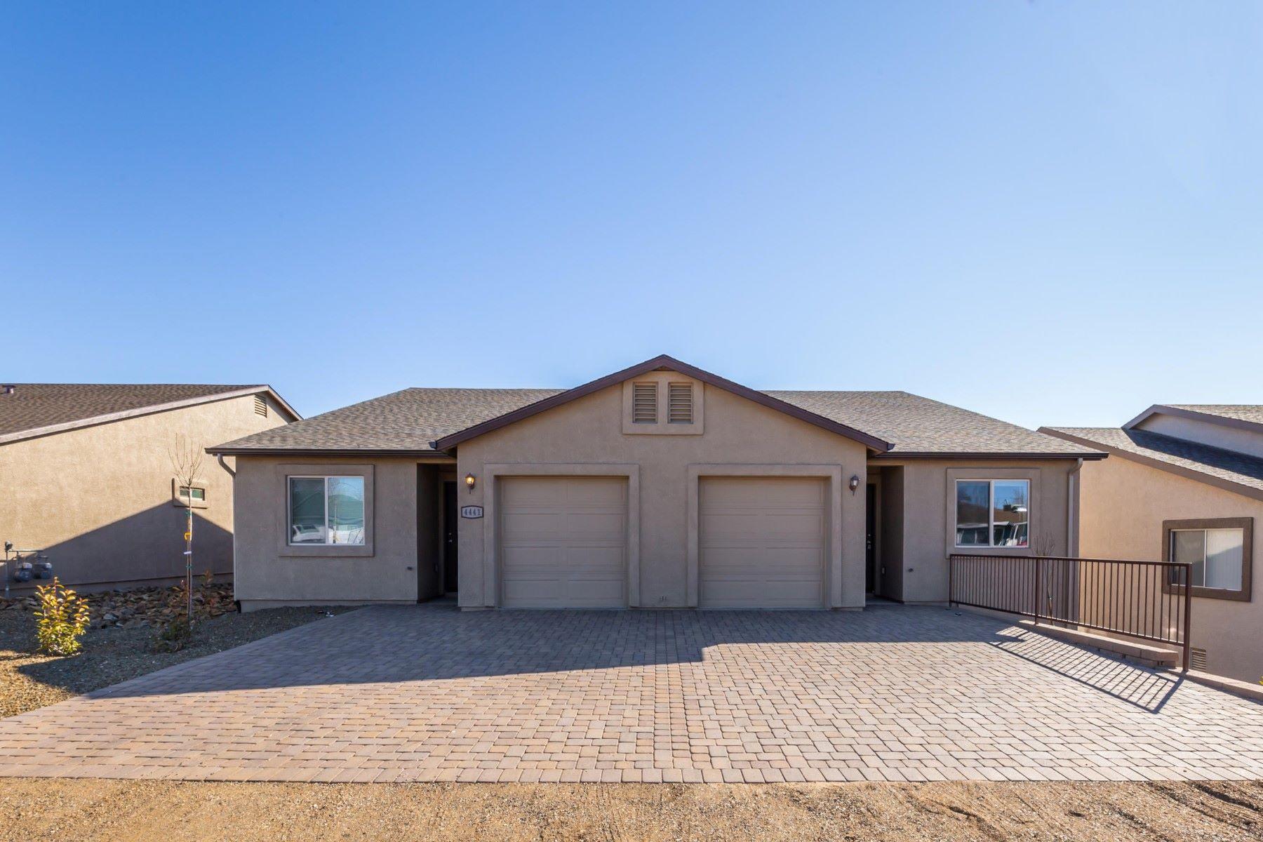 Multi-Family Homes 为 销售 在 8701 Spouse Drive 普雷斯科特谷, 亚利桑那州 86314 美国