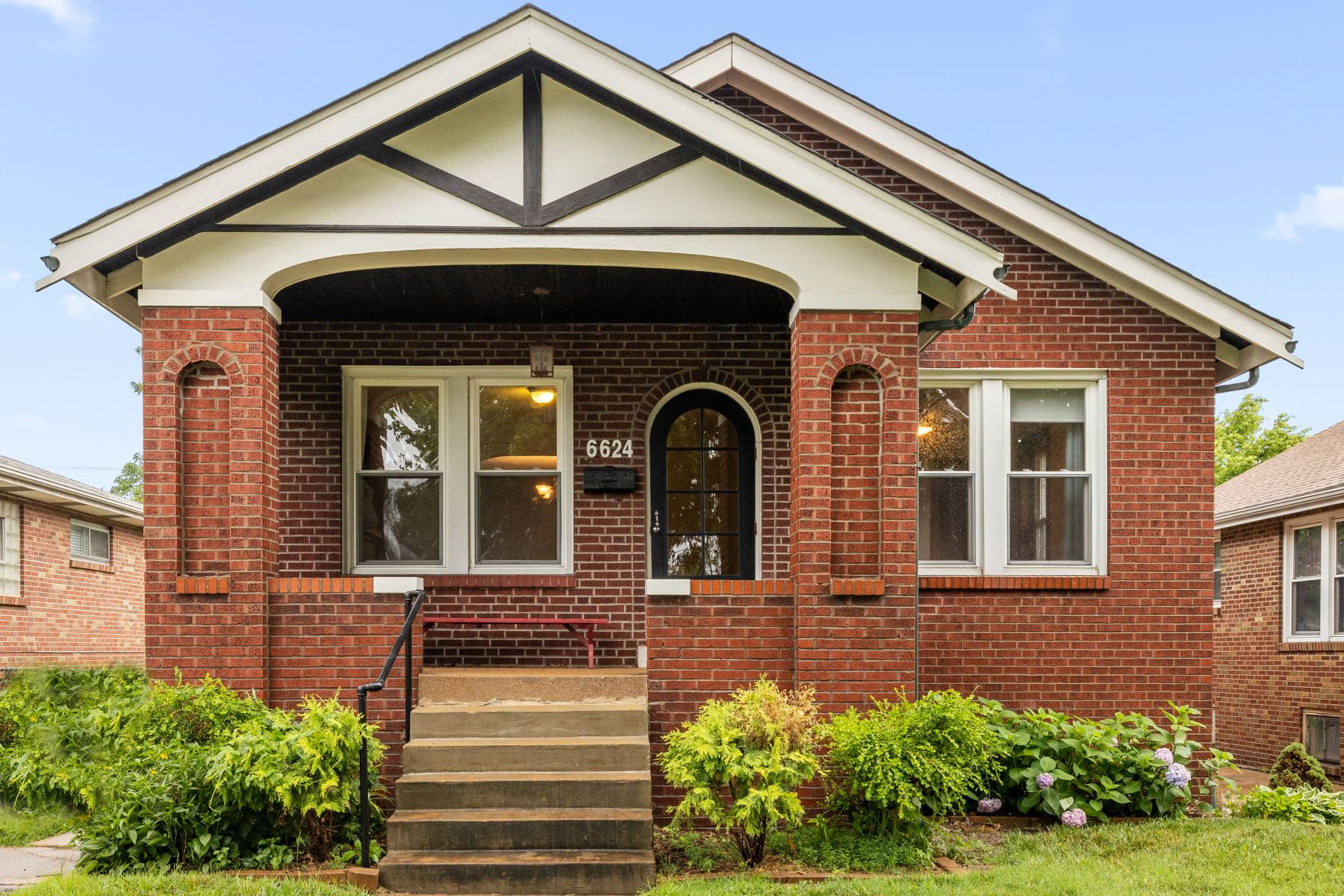 Single Family Homes for Sale at Clifton Heights Charmer 6624 Marmaduke Avenue St. Louis, Missouri 63139 United States