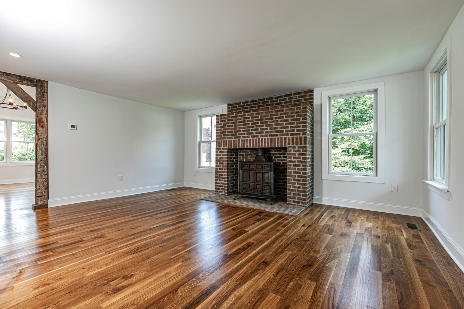 Additional photo for property listing at The Wiley Frisbie House - Completely Renovated 30 West Delaware Avenue, Pennington, New Jersey 08534 United States