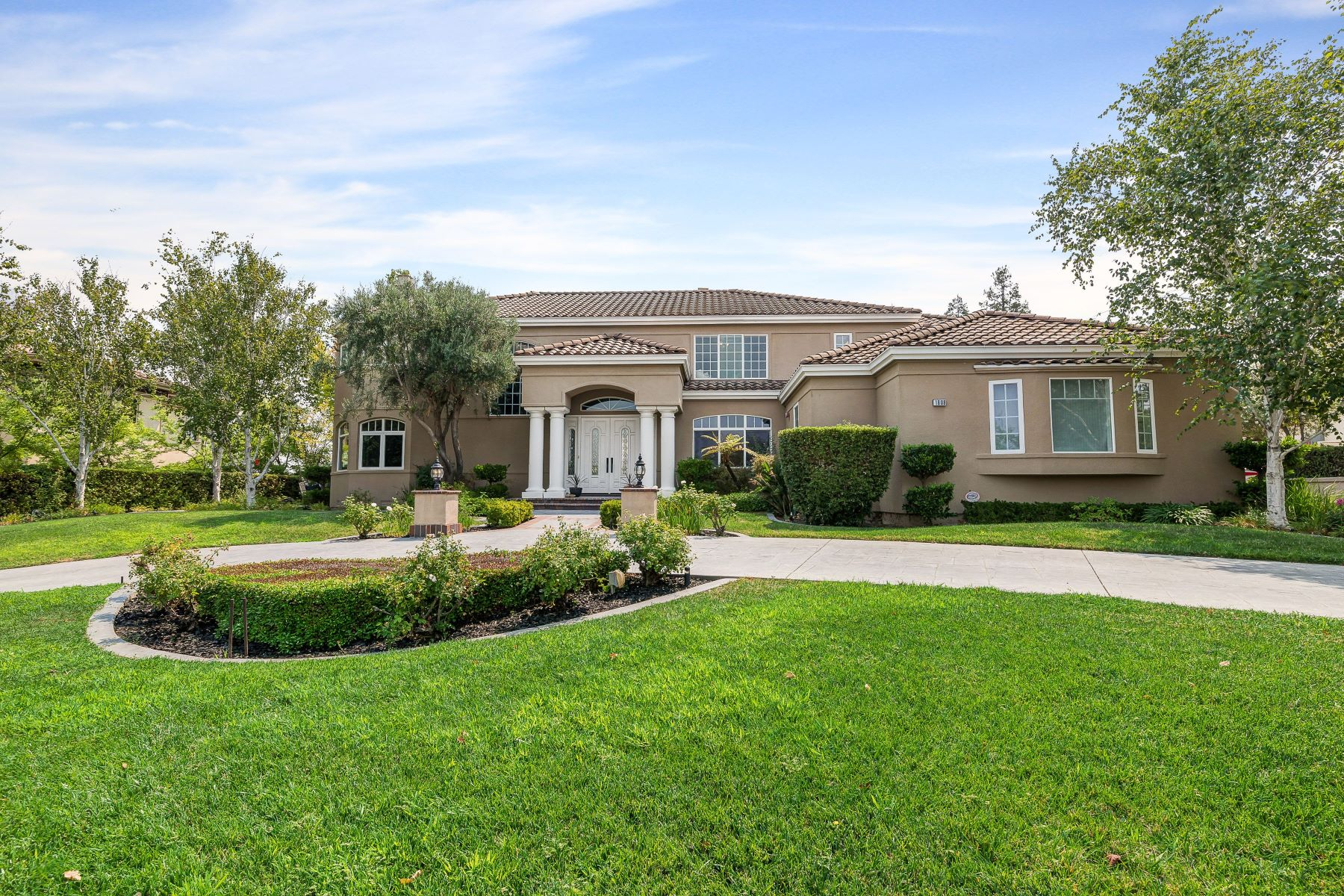 Single Family Homes for Active at 1808 Zenato Place, Pleasanton, CA 94566 1808 Zenato Place Pleasanton, California 94566 United States