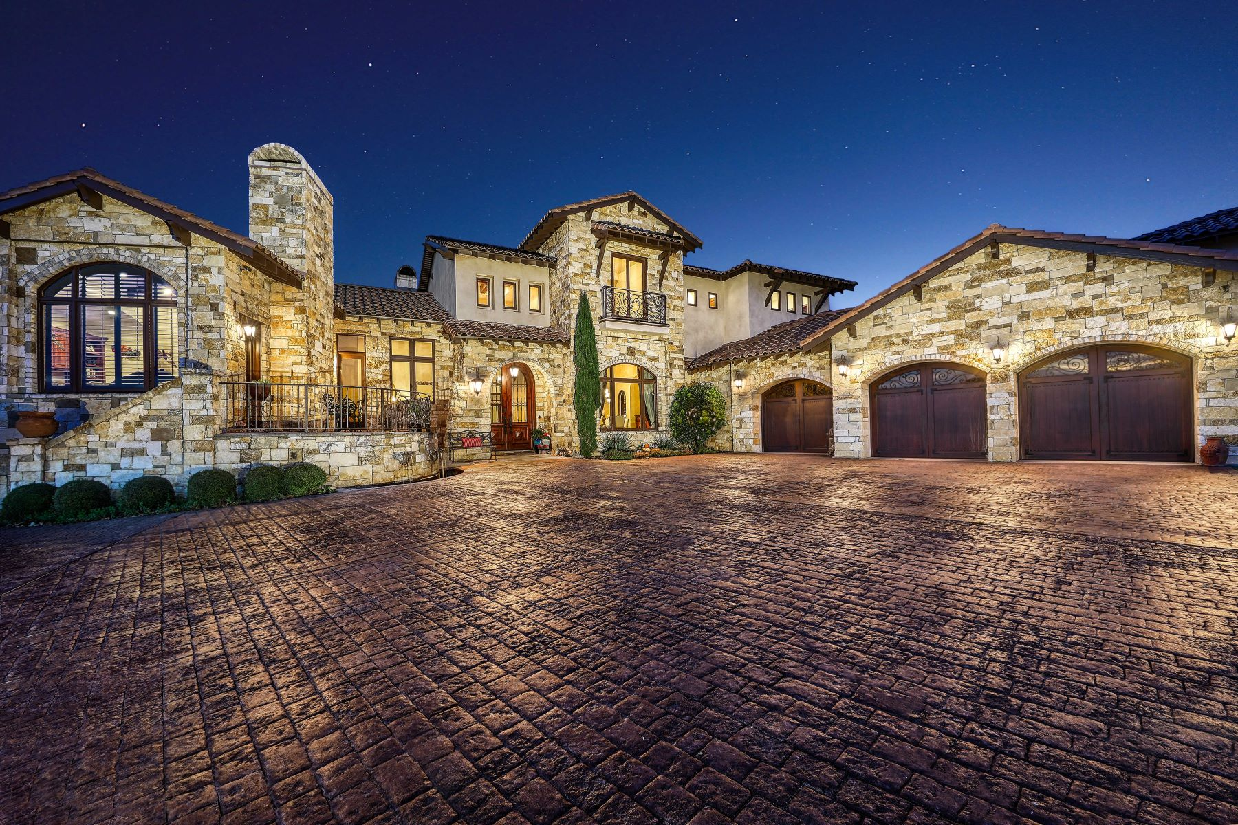 Single Family Homes 용 매매 에 Impeccable Estate in Estancia 4 Thunder Hill, Boerne, 텍사스 78006 미국