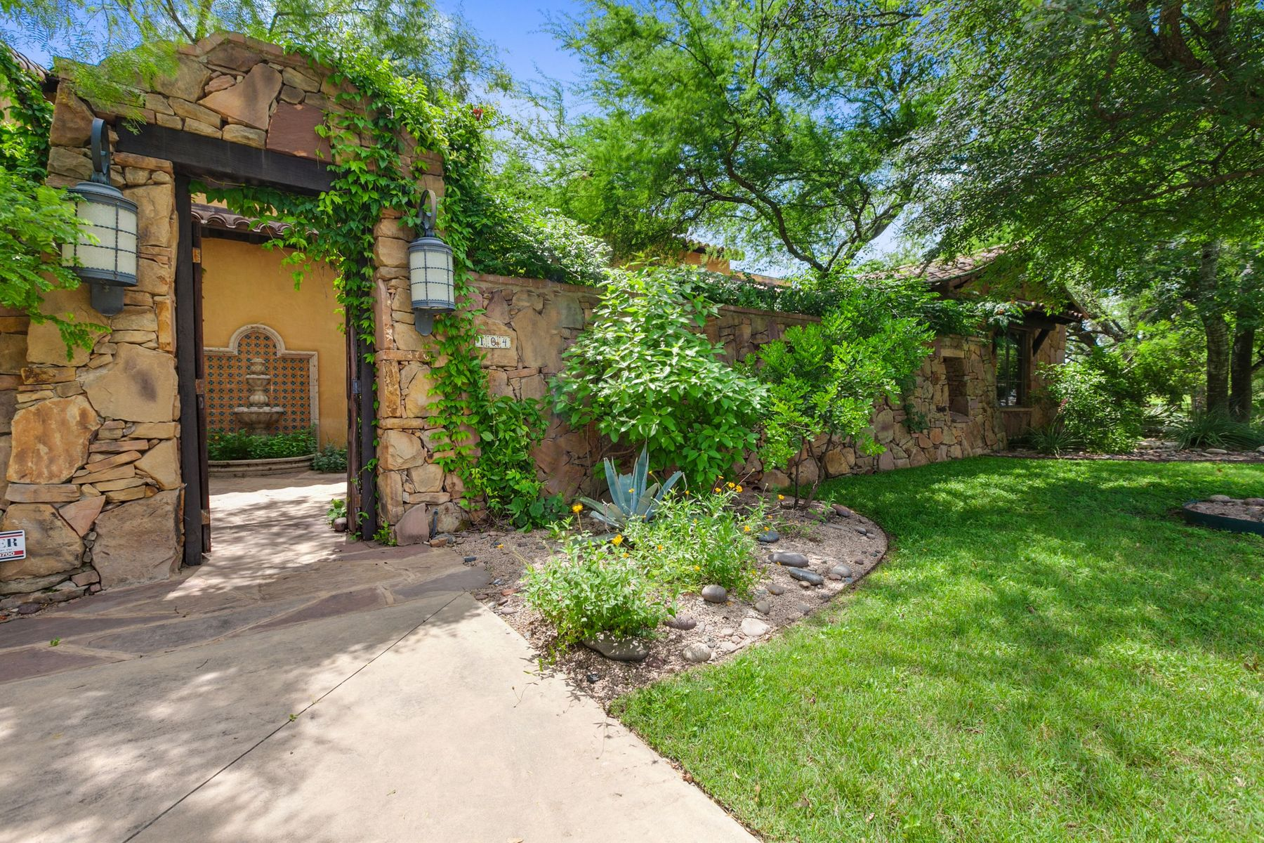 Single Family Homes for Sale at 104 Goodnight Drive, Georgetown, TX 78628 104 Goodnight Drive Georgetown, Texas 78628 United States