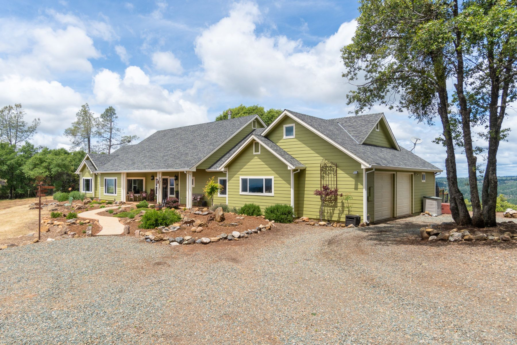 Single Family Homes for Sale at 16671 Stone Jug Road, Sutter Creek, CA 95685 16671 Stone Jug Road Sutter Creek, California 95685 United States