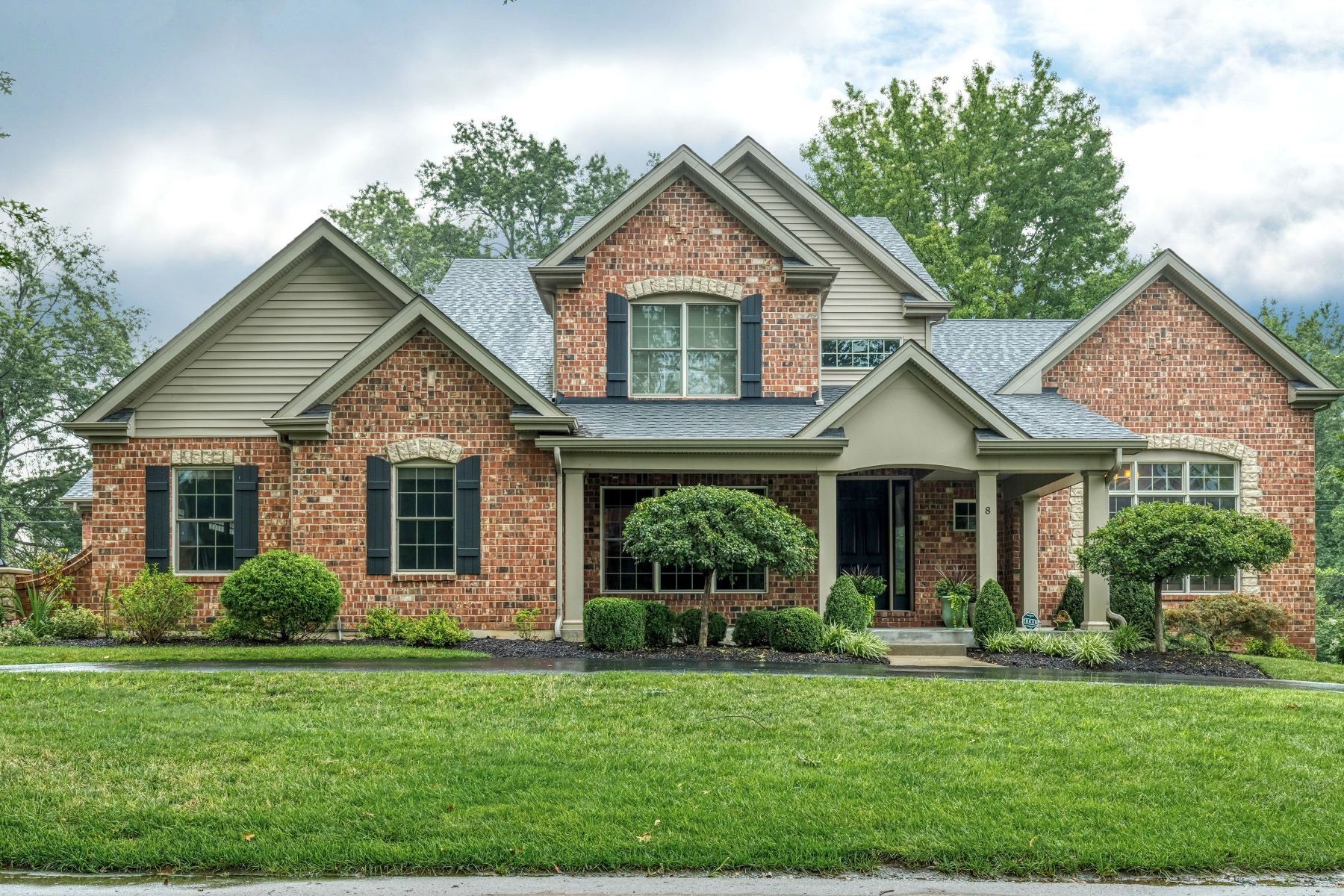 Single Family Homes for Sale at Classic Sophistication 8 Heather Hill Lane Olivette, Missouri 63132 United States