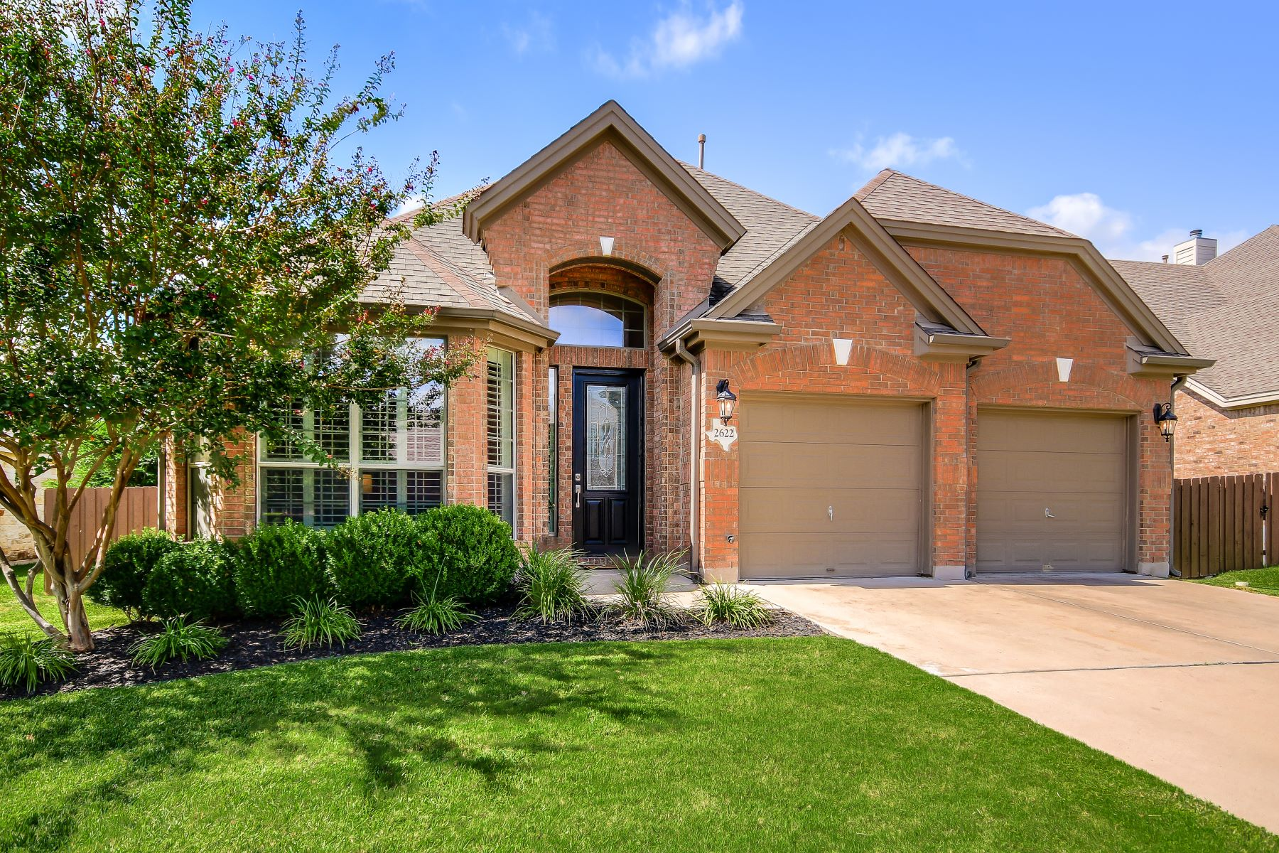 Single Family Homes for Sale at 2622 Plantation Drive, Round Rock, TX 78681 2622 Plantation Drive Round Rock, Texas 78681 United States