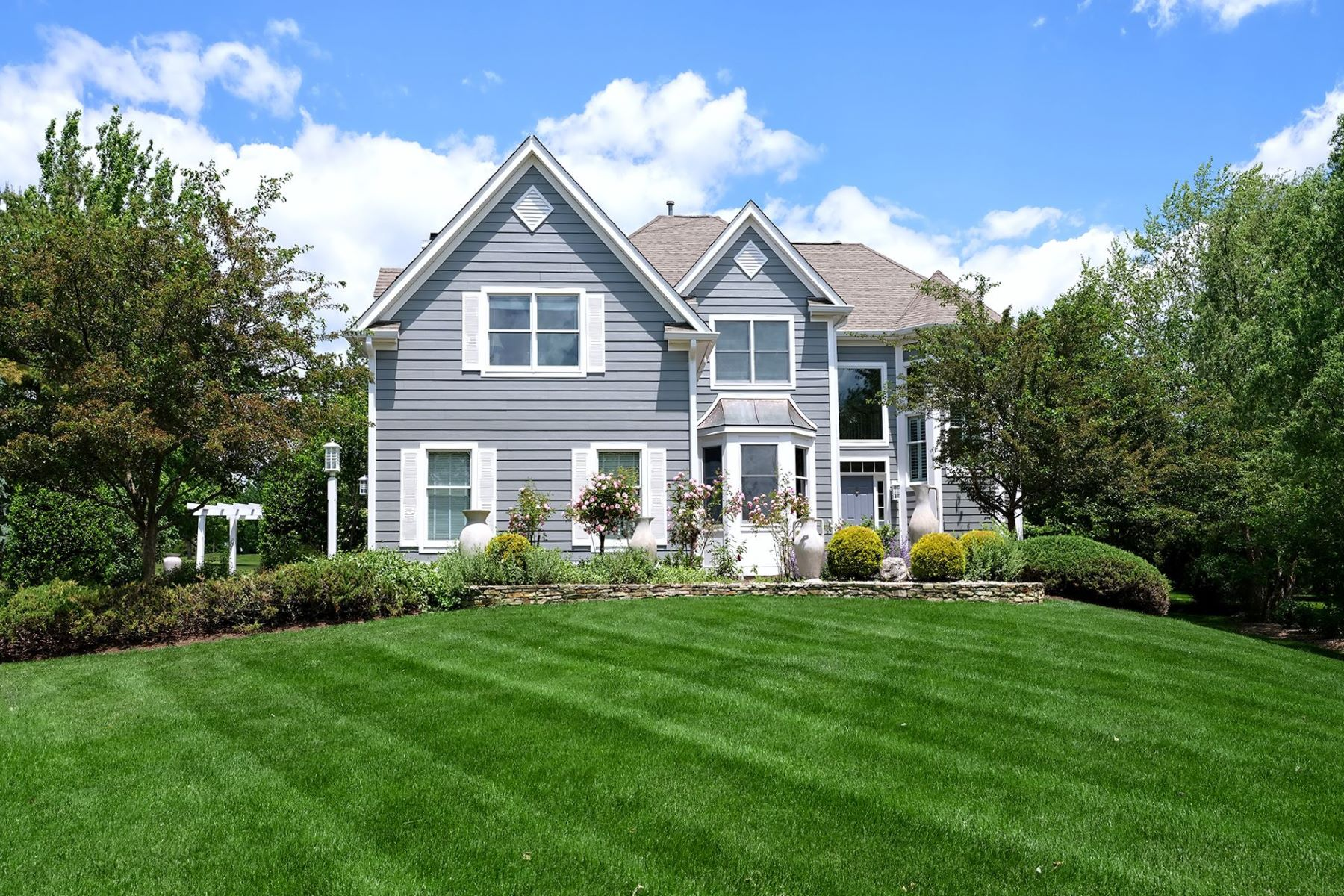 Additional photo for property listing at Offering The Best Of A Cherry Valley Lifestyle 3 Augusta Court, Skillman, New Jersey 08558 United States
