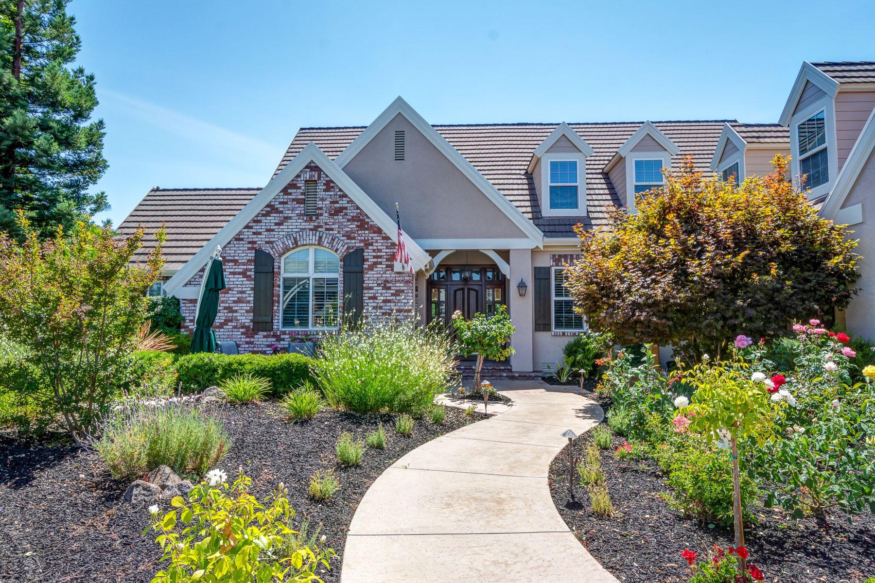 Single Family Homes por un Venta en 1018 Vía Di Salerno, Pleasanton, CA 94566 1018 Vía Di Salerno Pleasanton, California 94566 Estados Unidos