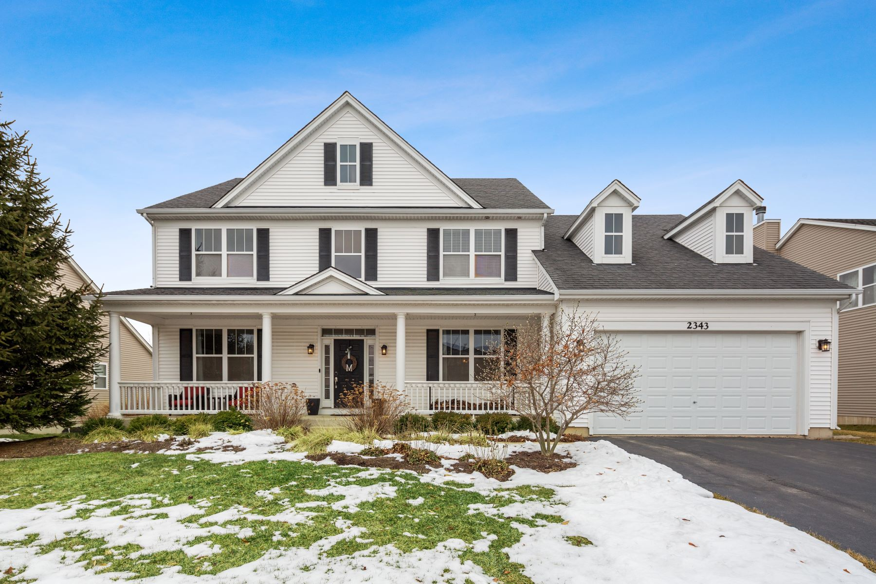 Single Family Homes for Active at Stunning Home In Liberty Lakes 2343 Bluewater Drive Wauconda, Illinois 60084 United States