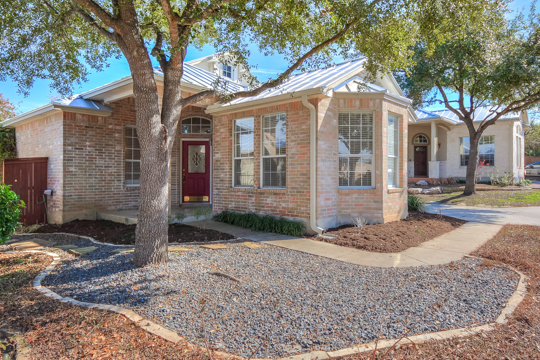 Single Family Home for Sale at Lovingly Designed Home in Oakwell Farms 58 Fonthill Way San Antonio, Texas 78218 United States