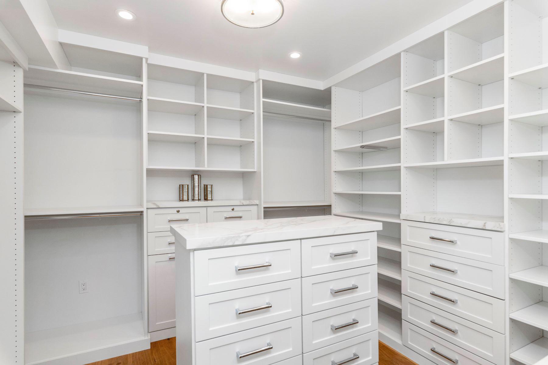 Additional photo for property listing at 1215 Fisher Avenue, Manhattan Beach, CA 90266 1215 Fisher Avenue Manhattan Beach, California 90266 Estados Unidos