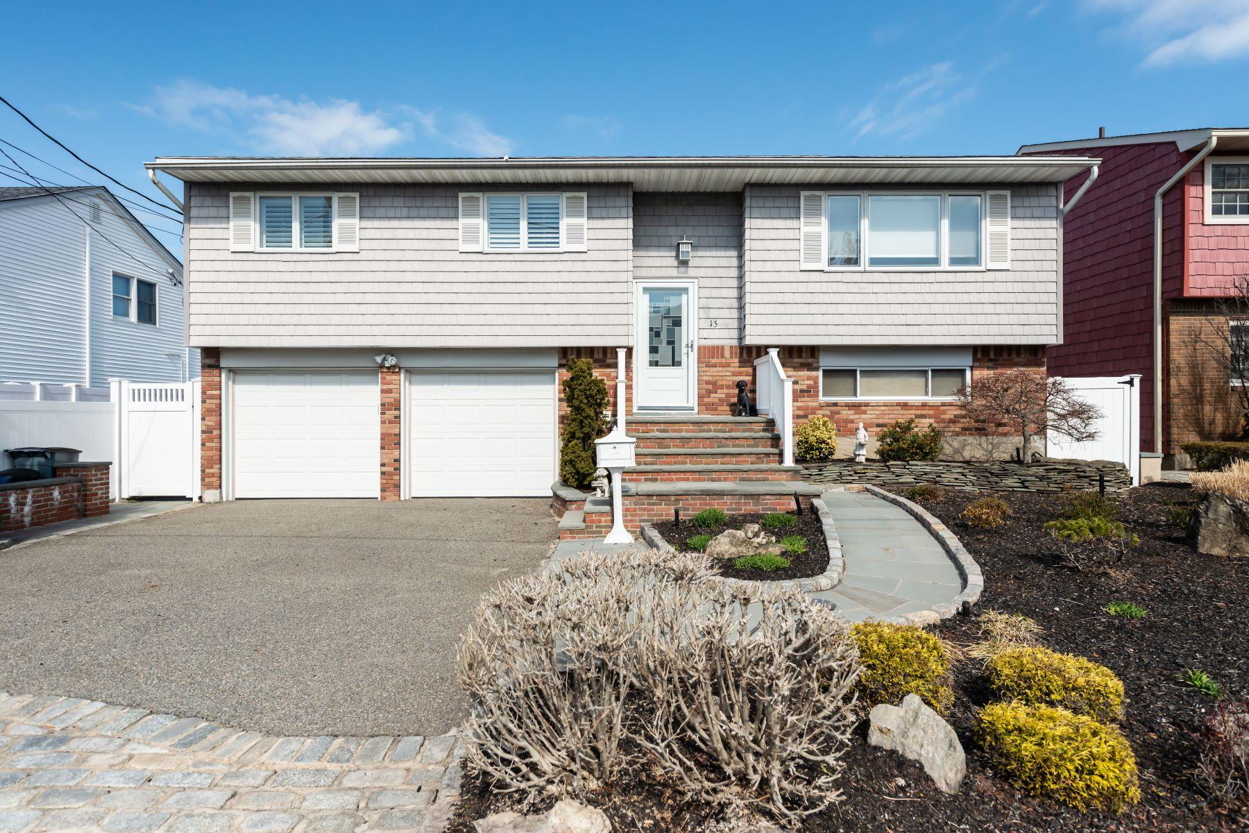 Single Family Homes 為 出售 在 Bayville 15 Pleasantview, Bayville, 纽约 11709 美國