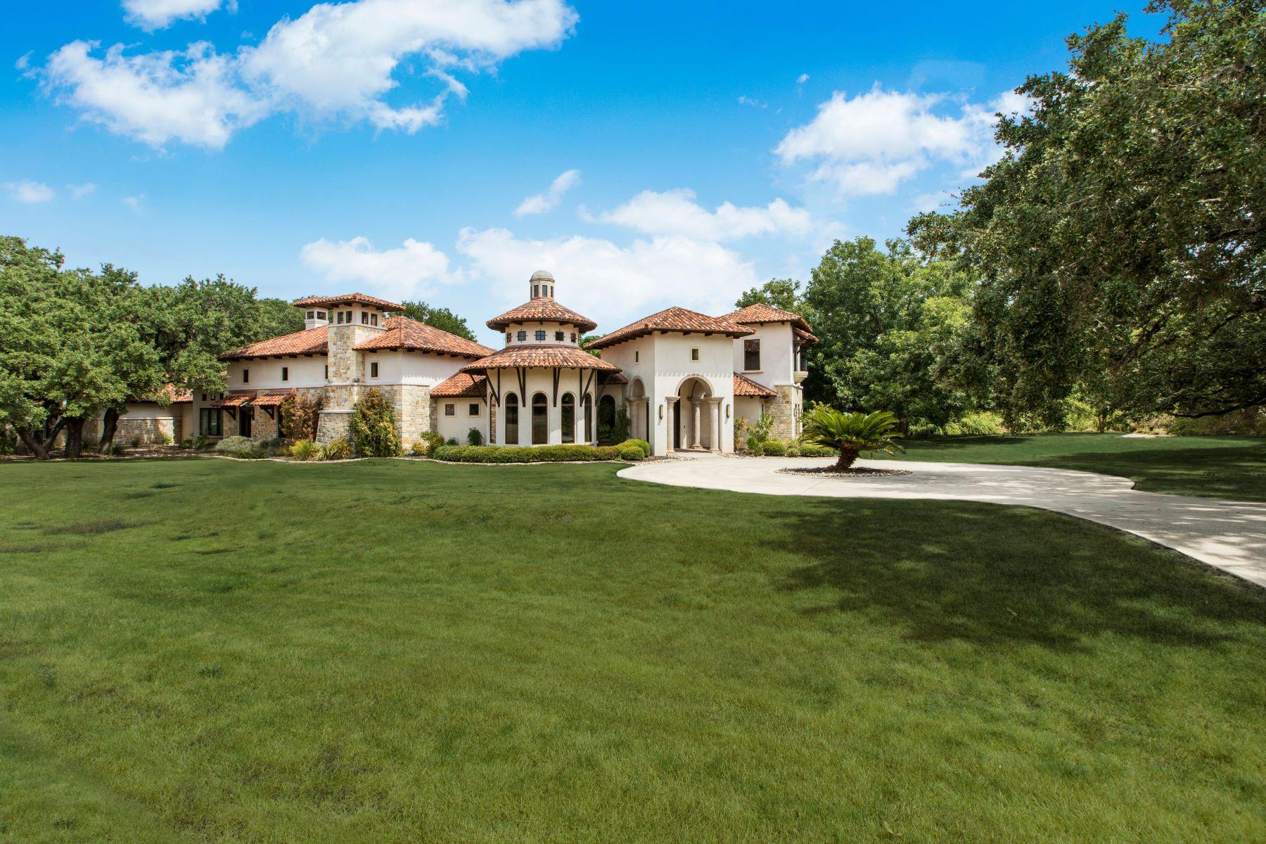 Single Family Homes для того Продажа на Custom Luxurious Single Story 119 Cherokee Lane, Hill Country Village, Техас 78232 Соединенные Штаты