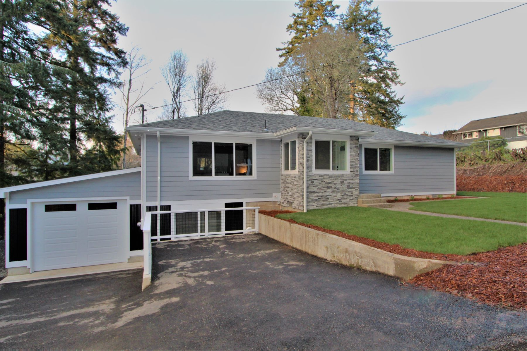Single Family Homes for Active at 1460 Kingwood, Coos Bay, Or, Or, 97420 1460 Kingwood Coos Bay, Oregon 97420 United States