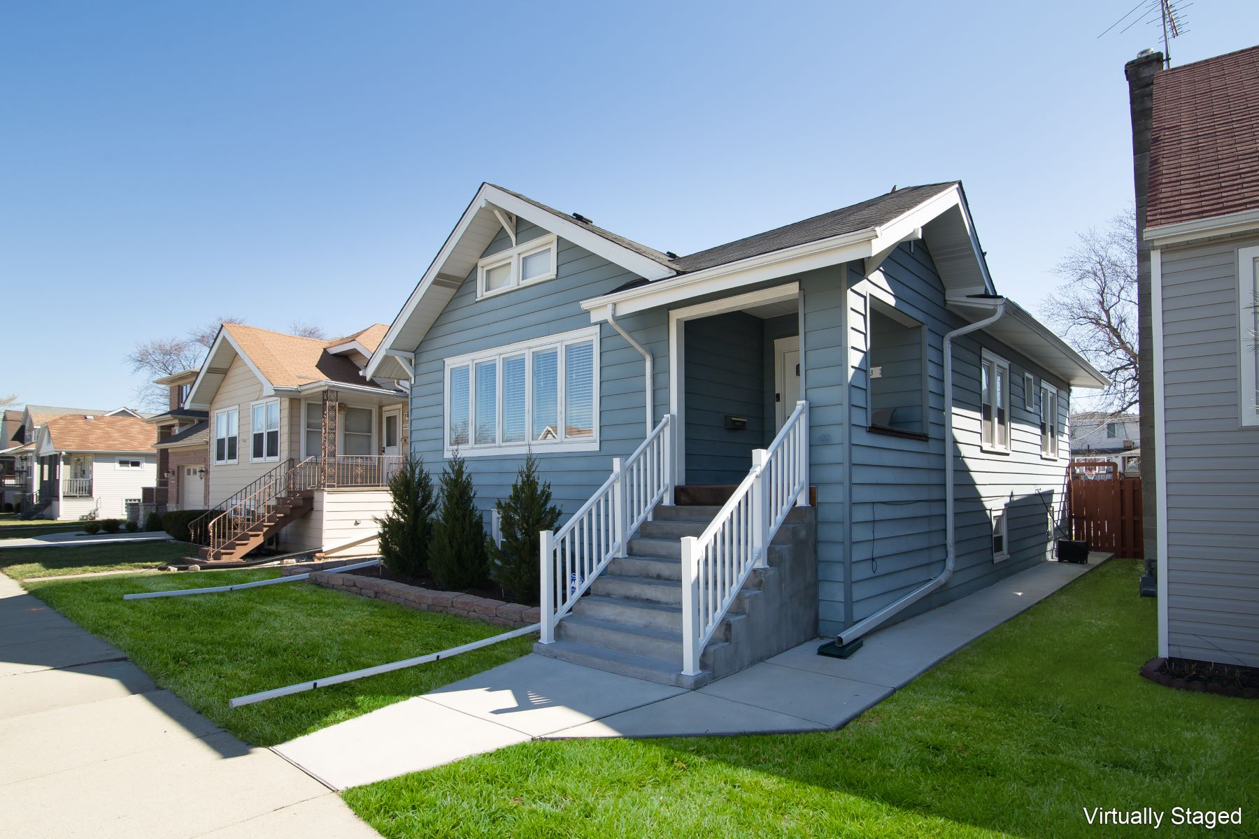 Single Family Home for Active at Luxury Living Meets Affordability 4033 N Ozark Avenue Norridge, Illinois 60706 United States
