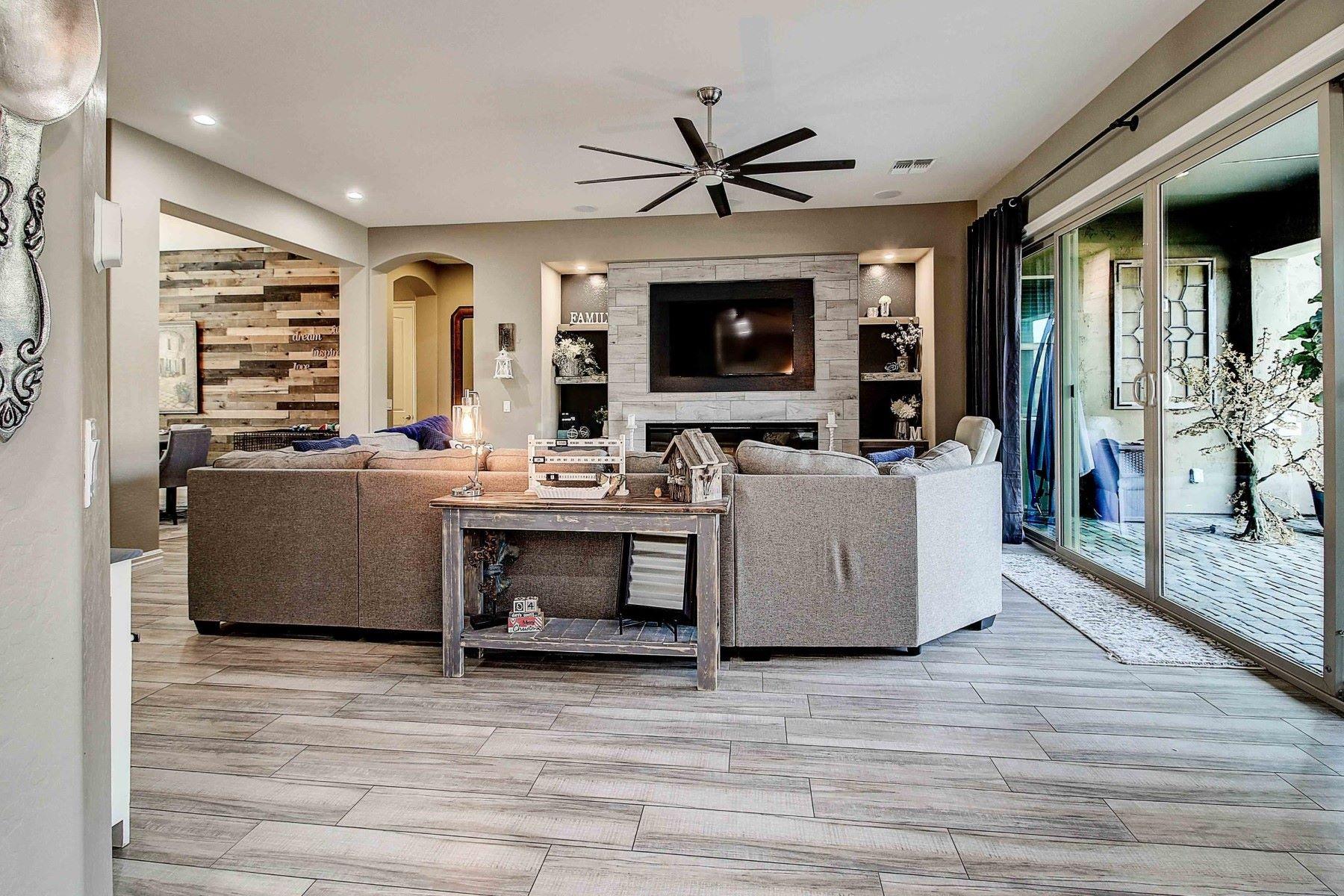 Single Family Homes por un Venta en 20450 MOCKINGBIRD, Queen Creek, AZ 85142 20450 MOCKINGBIRD Queen Creek, Arizona 85142 Estados Unidos