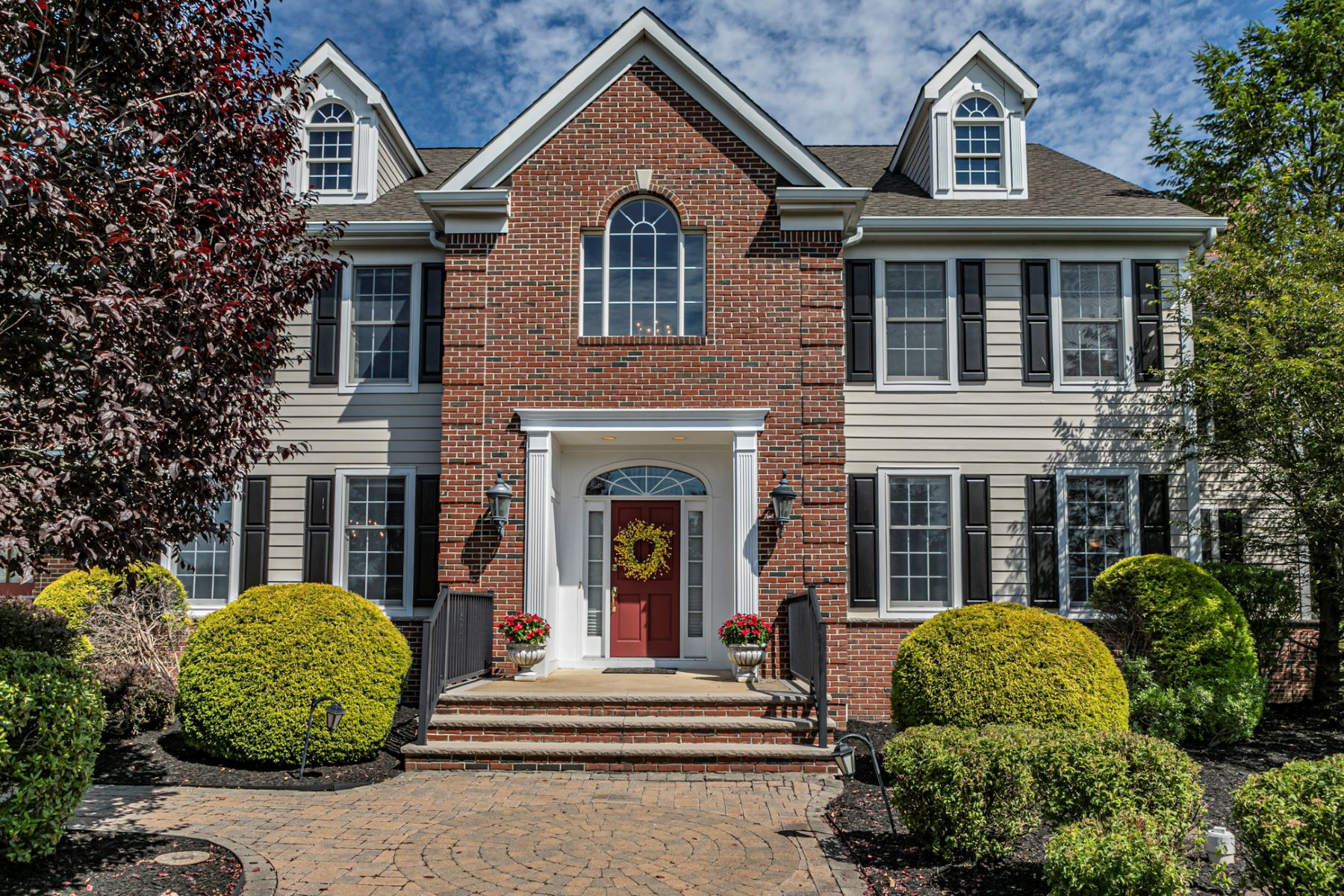 Additional photo for property listing at Luxury Living at its Finest 6 Benson Lane, Skillman, New Jersey 08558 United States