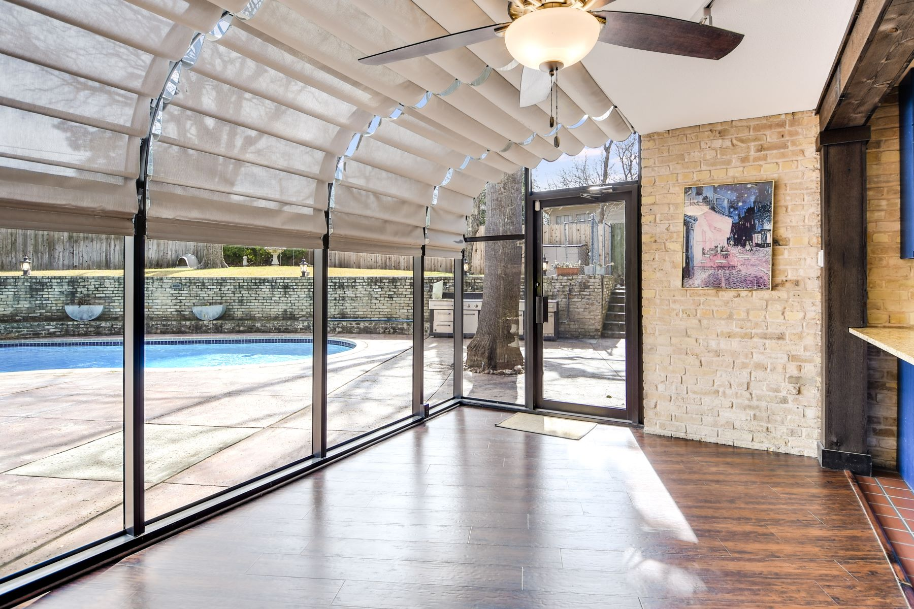 Additional photo for property listing at Mid-Century Home in Bel Meade - 78209 126 East Brandon Drive San Antonio, Texas 78209 United States