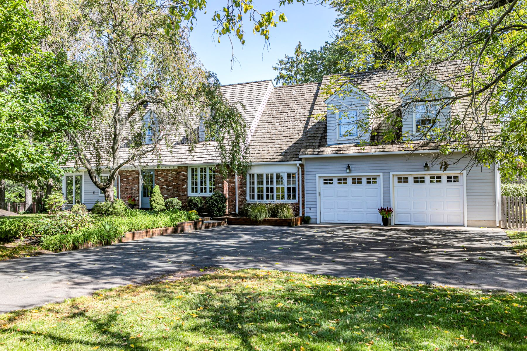 Single Family Homes للـ Sale في Your Dream Lifestyle Starts Here 341 Province Line Road, Skillman, New Jersey 08558 United States