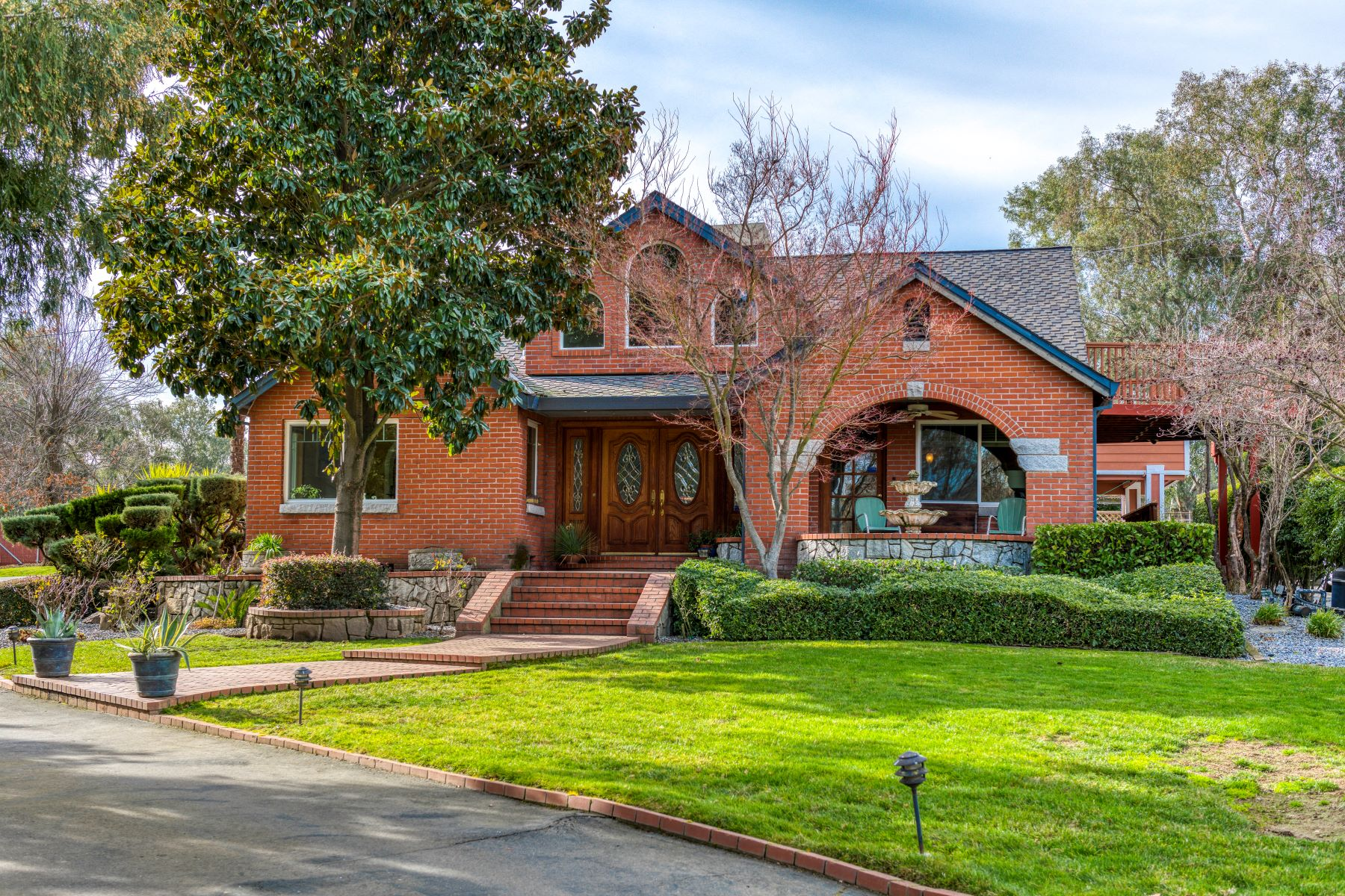 Single Family Homes for Sale at 3988 Delmar Avenue, Loomis, CA 95650 3988 Delmar Avenue Loomis, California 95650 United States