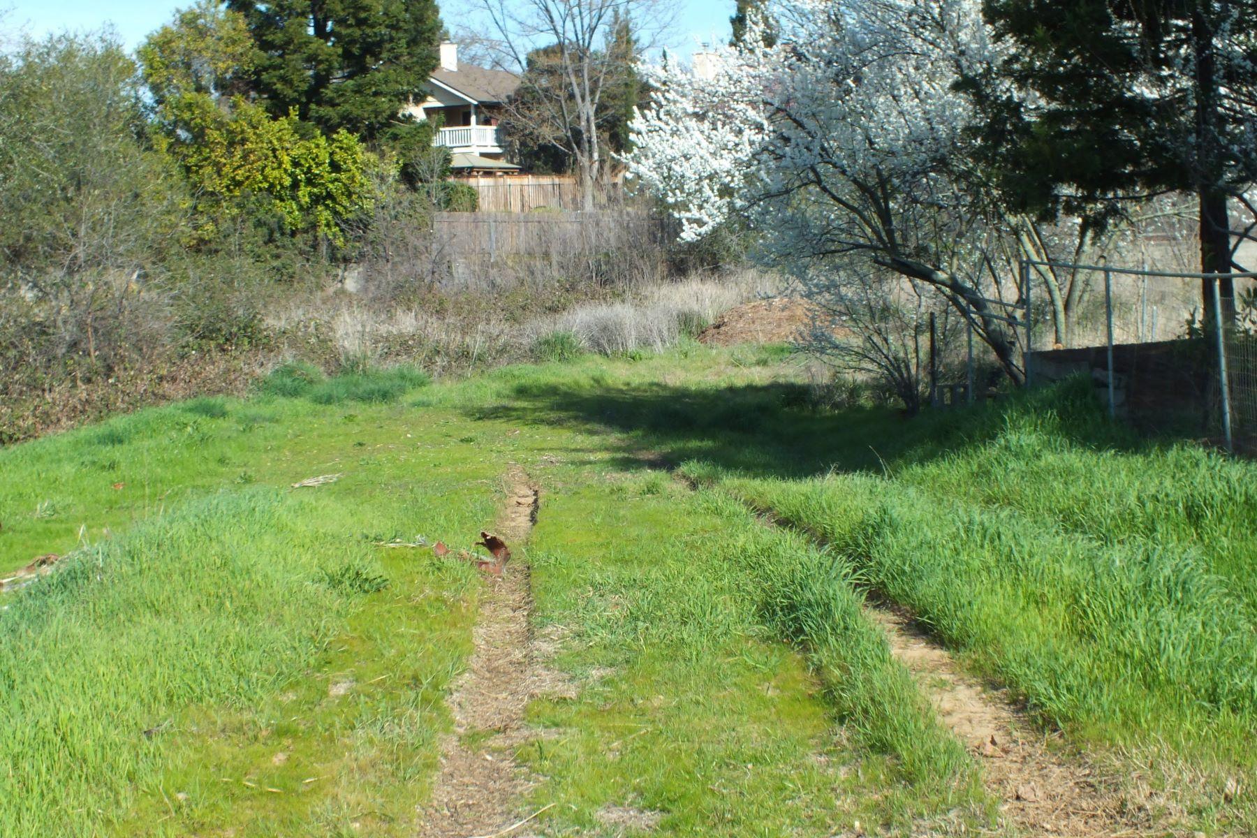 Terreno para Venda às 9015 Phoenix, Fair Oaks, CA, 95628 9015 Phoenix Lot B, Fair Oaks, Califórnia 95628 Estados Unidos