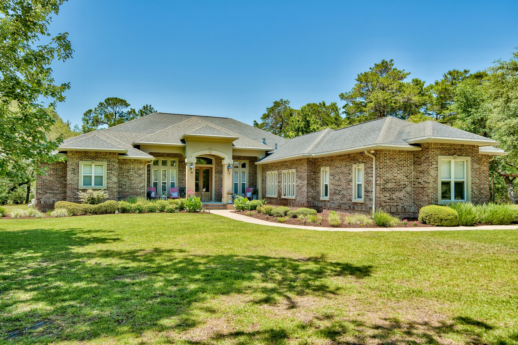 single family homes for Active at Bluewater Bay Estate on Nearly Two Acres and Immediate Mid-Bay Bridge Access 650 Brookhaven Way Niceville, Florida 32578 United States