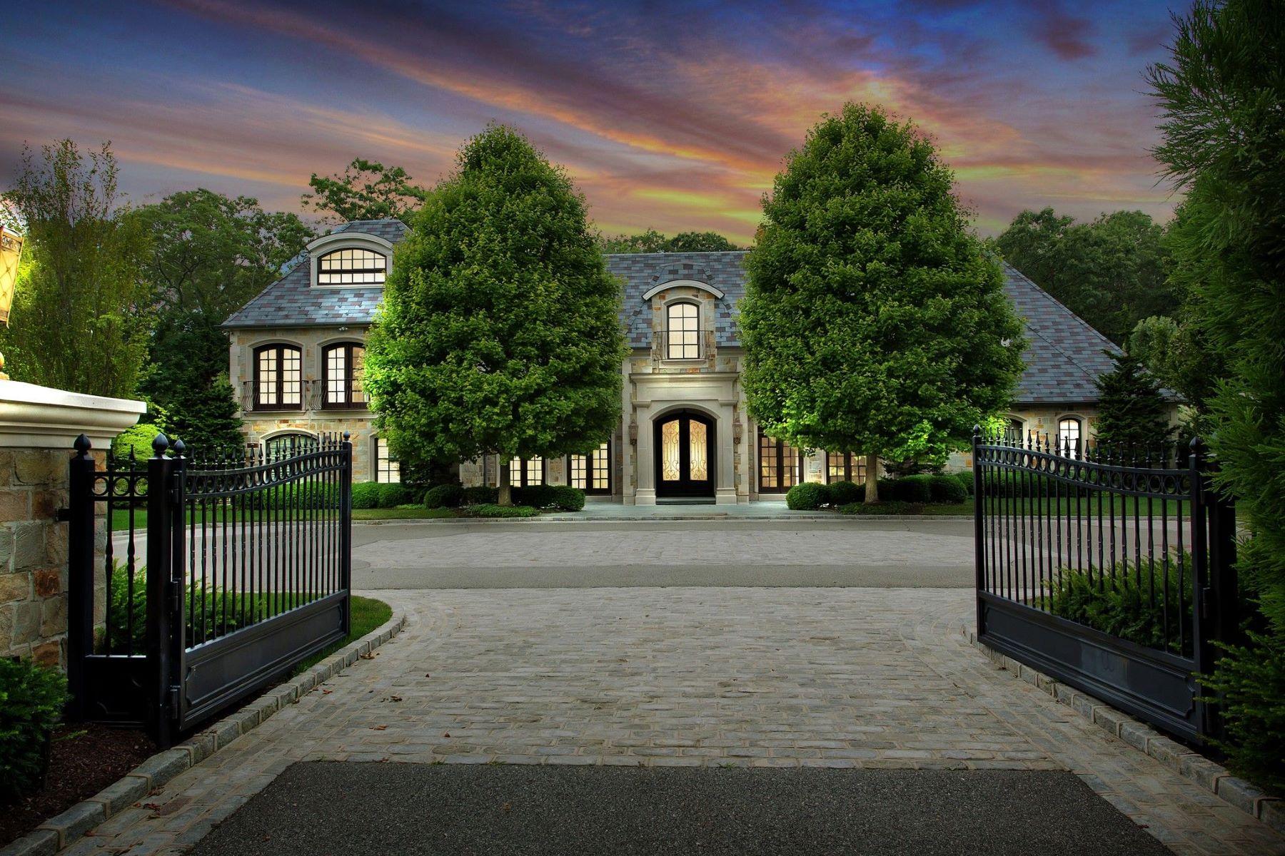 Single Family Homes 為 出售 在 167 Brookville Road, Brookville, 纽约 11545 美國