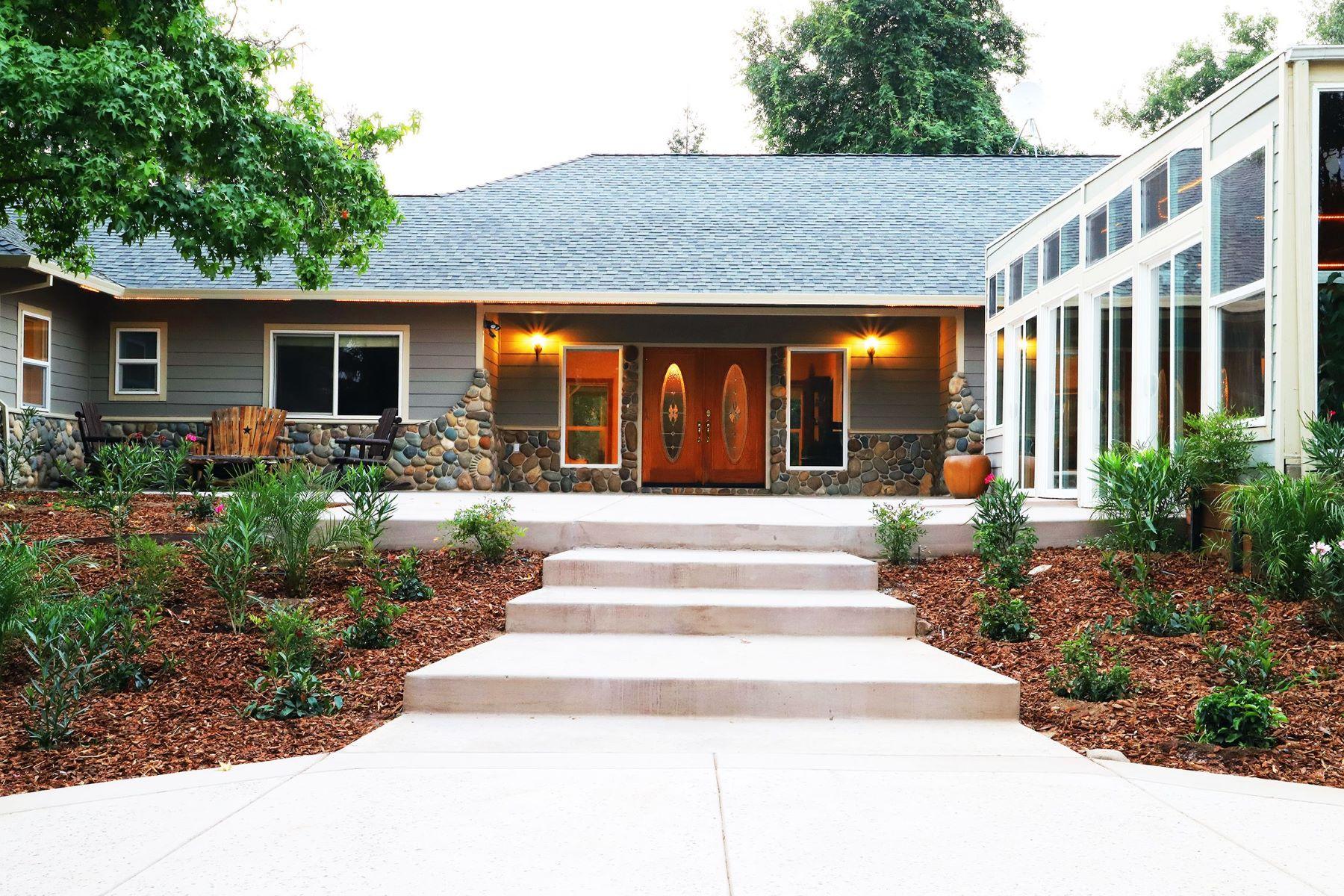 Other Residential Homes por un Venta en 6040 Meyers Ln, Somerset, CA, 95684 6040 Meyers Ln Somerset, California 95684 Estados Unidos
