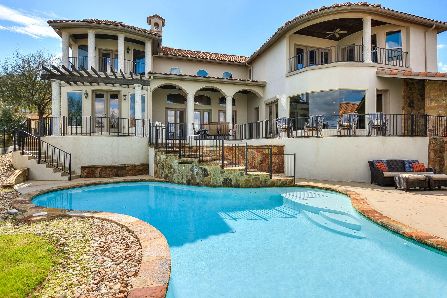 Casa Unifamiliar por un Venta en Lake Travis Water Front Estate With Stunning Views 17508 Northlake Hills Drive Jonestown, Texas 78645 Estados Unidos
