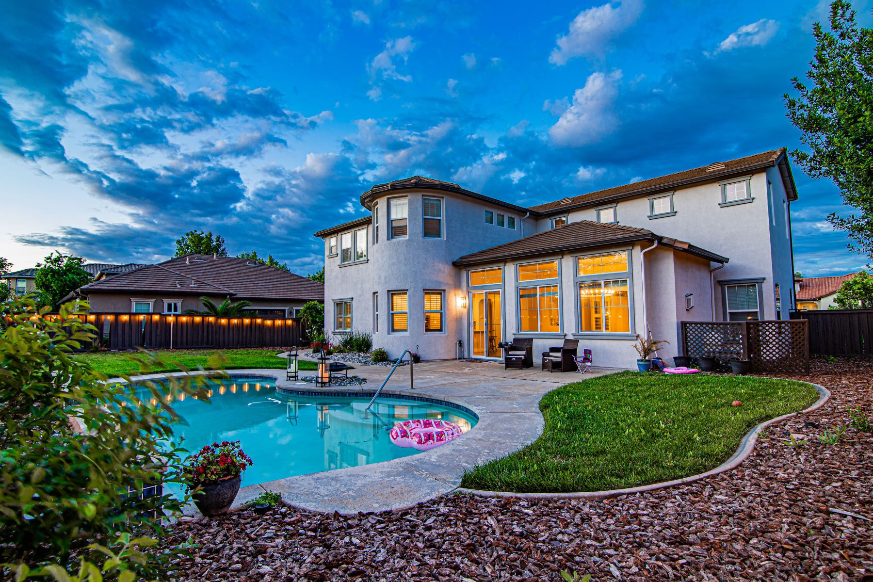 Single Family Homes for Sale at 9213 Eagle Springs, Roseville, CA, 95747 9213 Eagle Springs Roseville, California 95747 United States