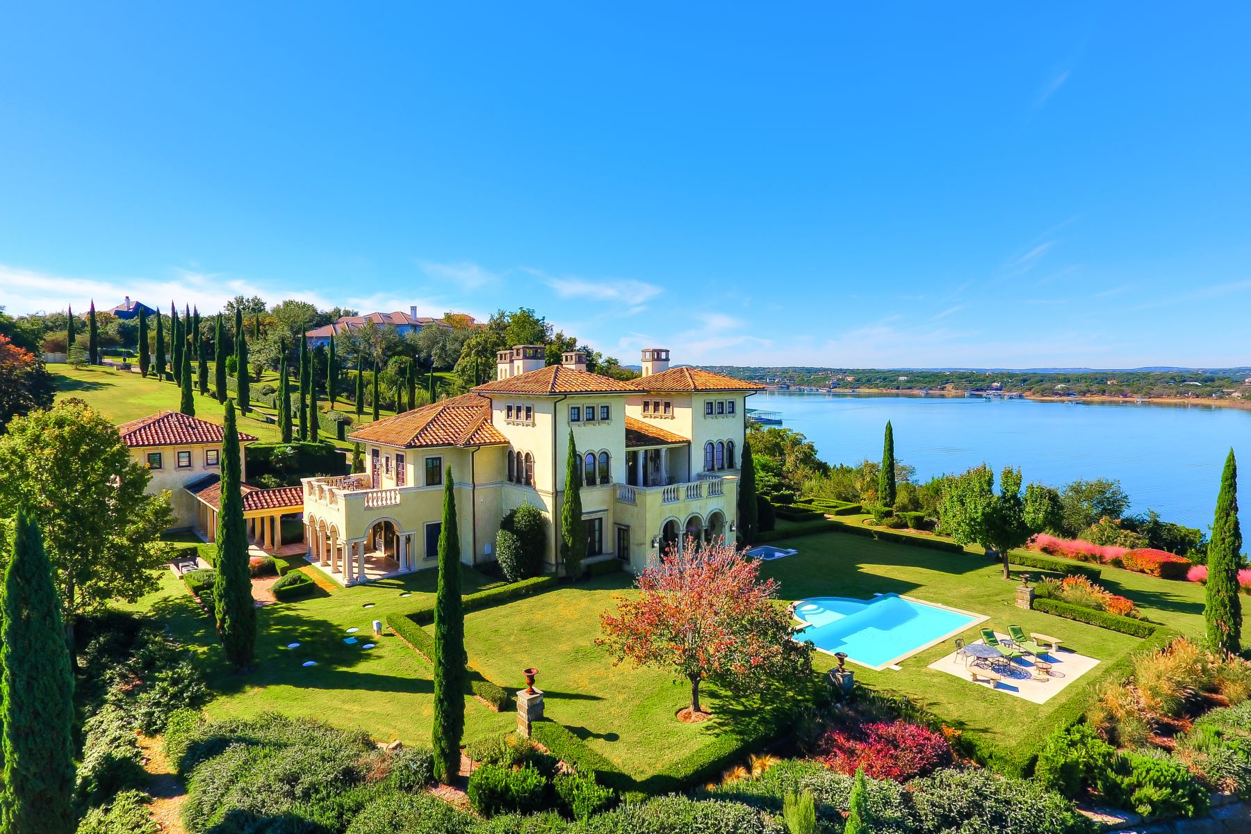 Single Family Homes for Active at Breathtaking Waterfront Estate 215 Bella Riva Drive Austin, Texas 78734 United States