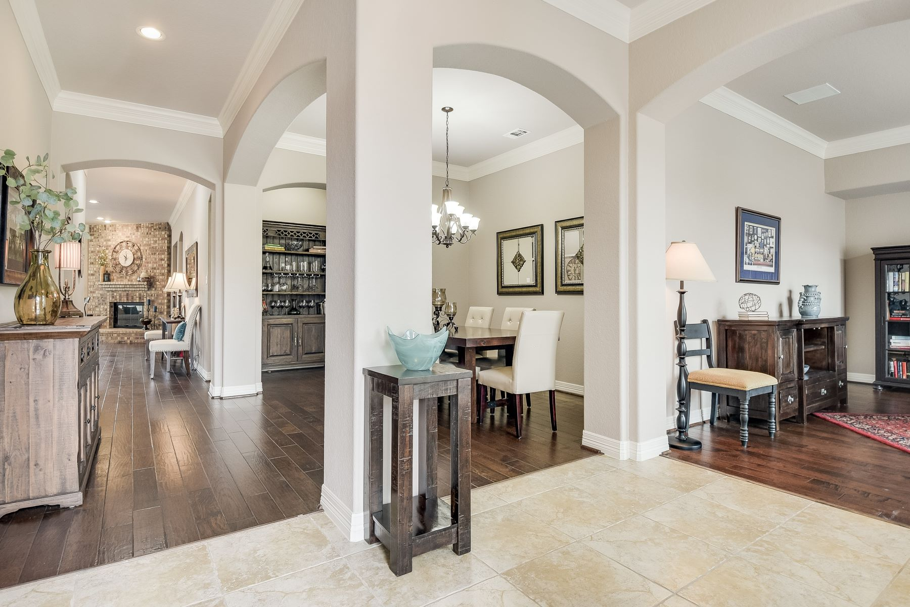 Additional photo for property listing at Immaculate One Story Home 7903 Hermosa Hill San Antonio, Texas 78256 United States