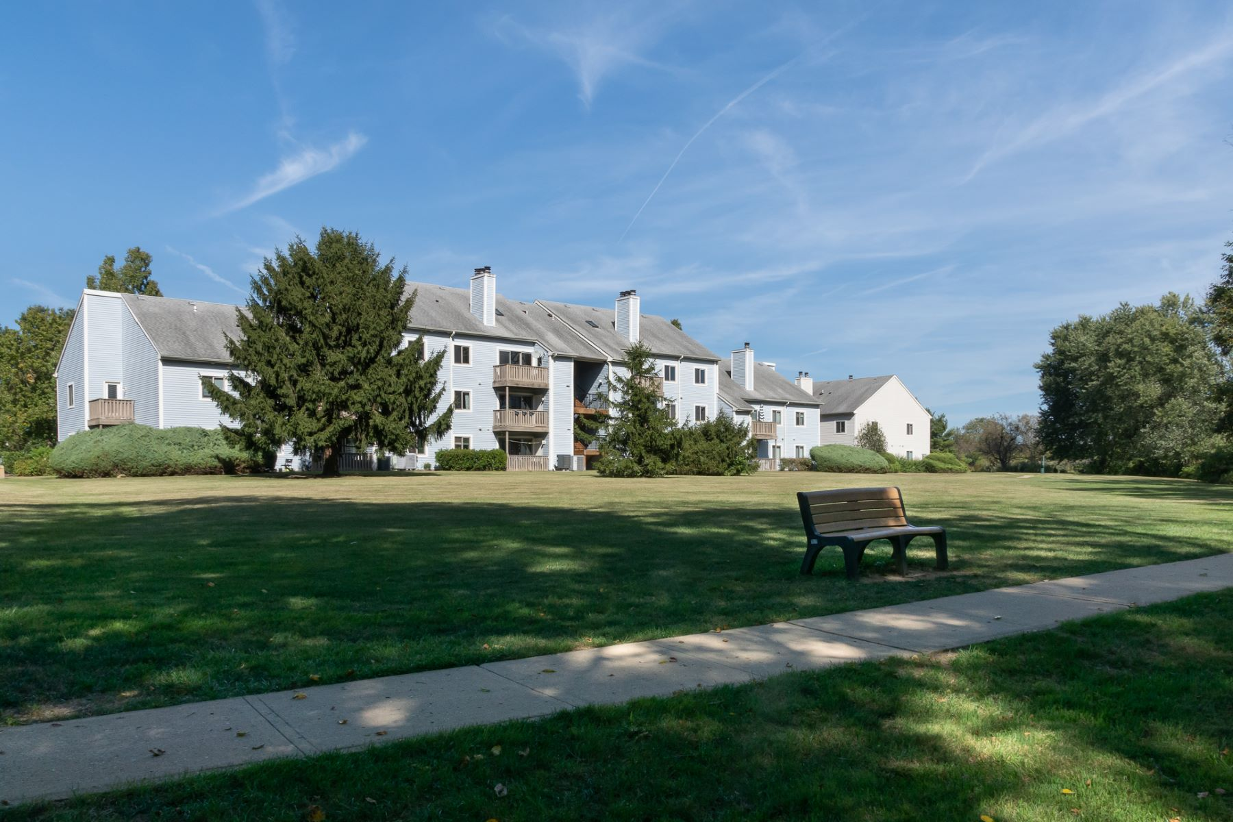 Condominiums for Active at Updated , Turn-key In Popular Aspen At Princeton Meadows 1018 Aspen Drive Plainsboro, New Jersey 08536 United States