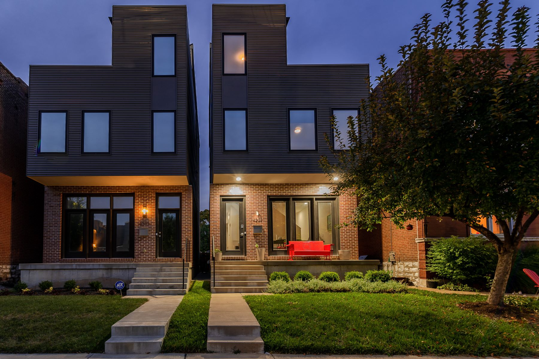 Additional photo for property listing at Contemporary Living in The Grove 4231 Gibson Avenue St. Louis, Missouri 63110 United States