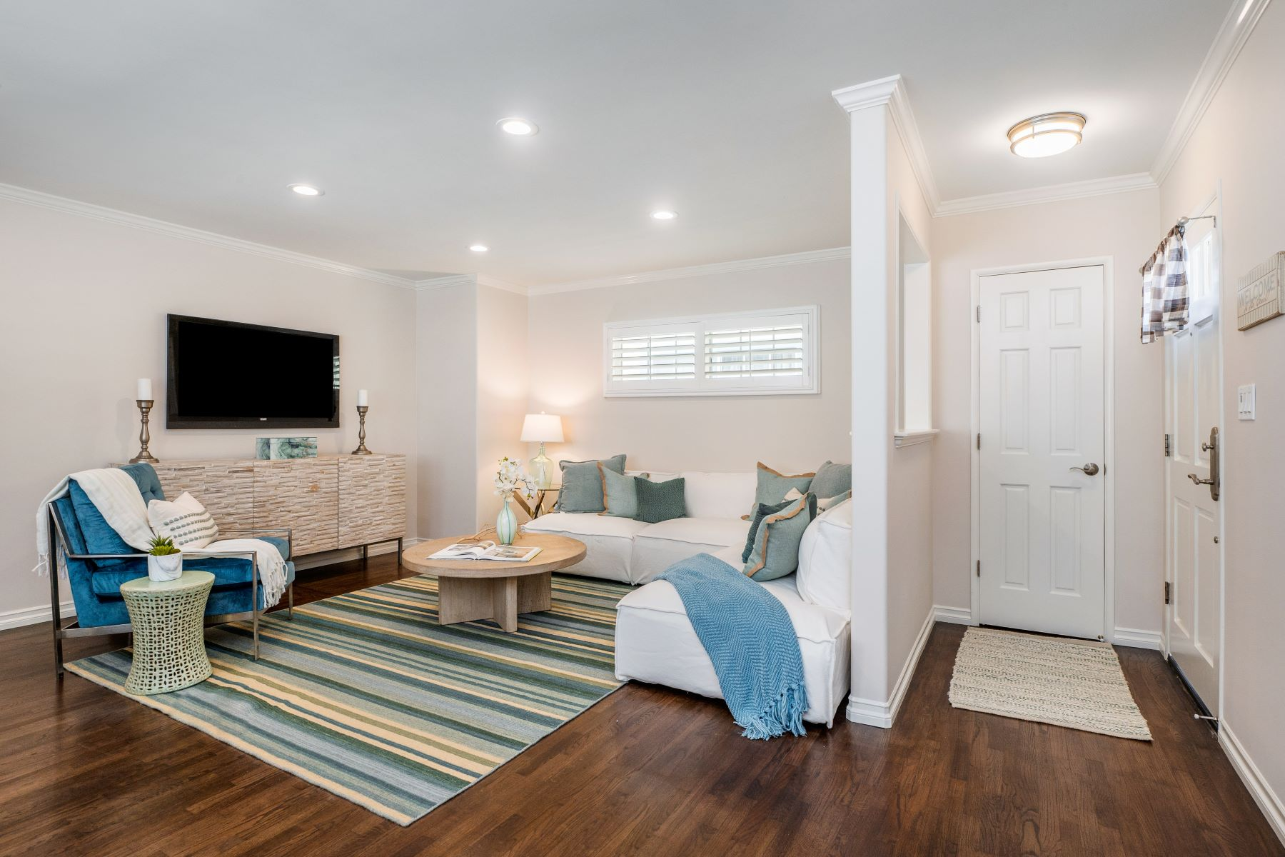 Single Family Homes for Active at 1140 Harper Avenue, Redondo Beach, CA 90278 1140 Harper Avenue Redondo Beach, California 90278 United States