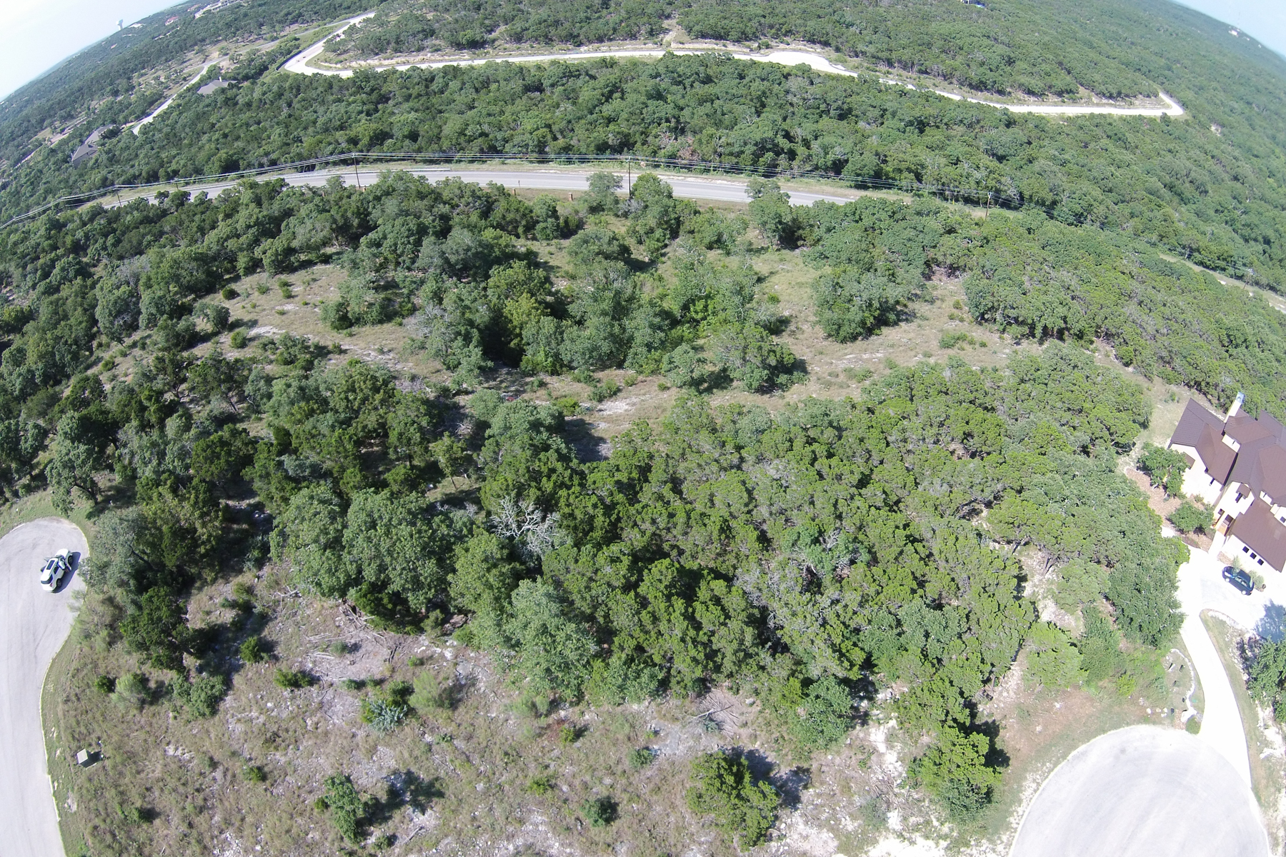 Additional photo for property listing at Large Cul-de-Sac Lot in Terra Mont 8702 Terra Gate San Antonio, Texas 78255 United States