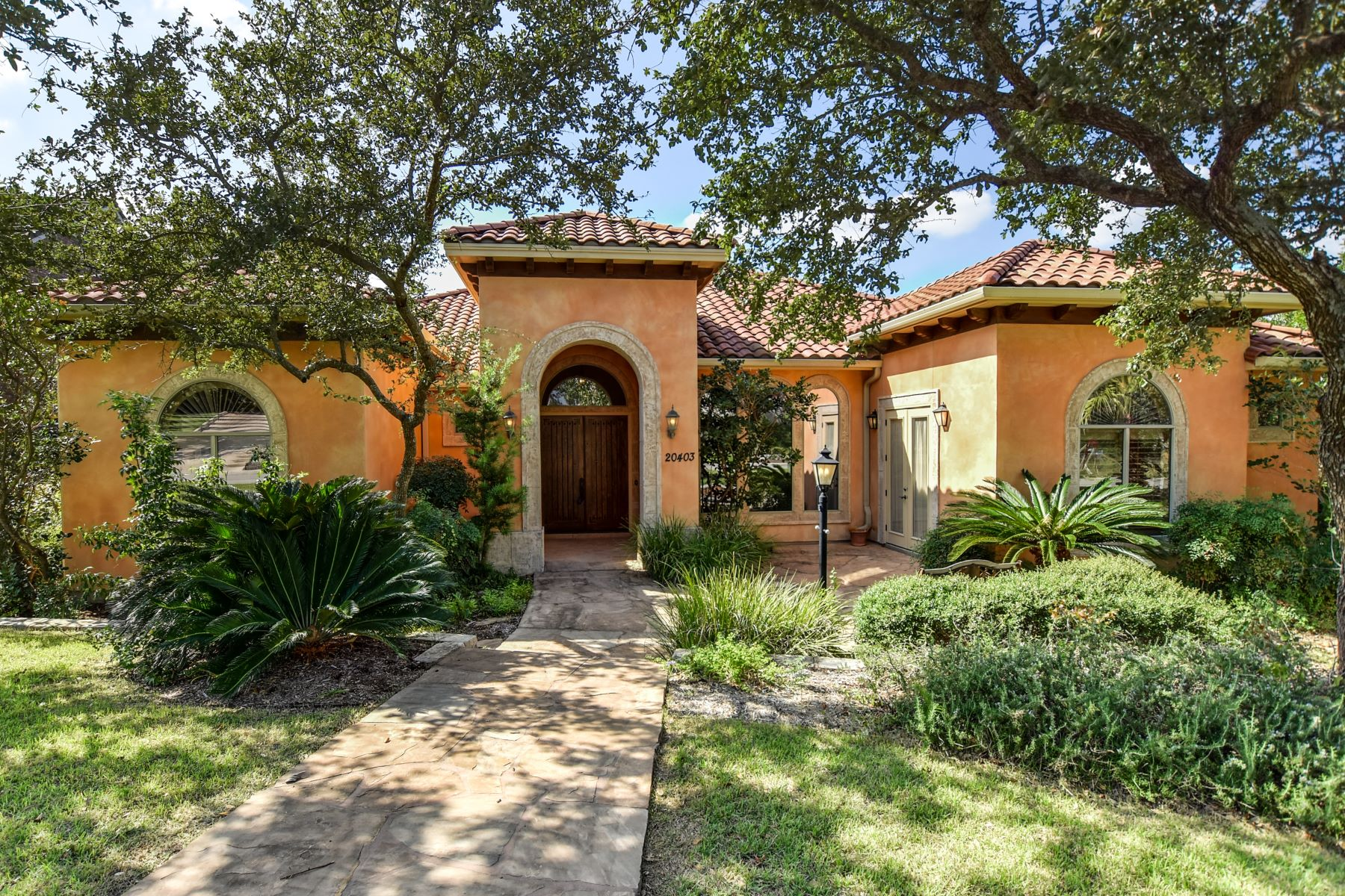 Single Family Home for Sale at Private Estate in The Pinnacle 20403 Terrabianca San Antonio, Texas 78258 United States