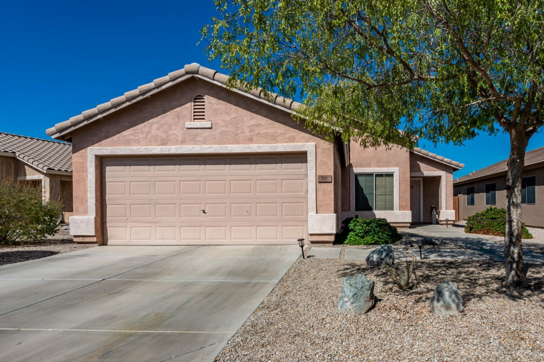 Single Family Homes for Sale at Stonegate At Johnson Ranch 88 East Lupine Place Queen Creek, Arizona 85143 United States