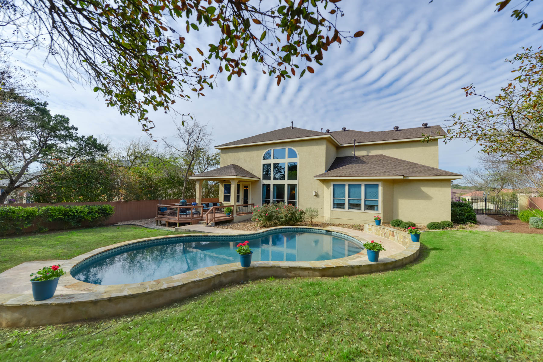 واحد منزل الأسرة للـ Sale في Gorgeous Tuscan Inspired Home in Rogers Ranch 3327 Ivory Creek, San Antonio, Texas, 78258 United States