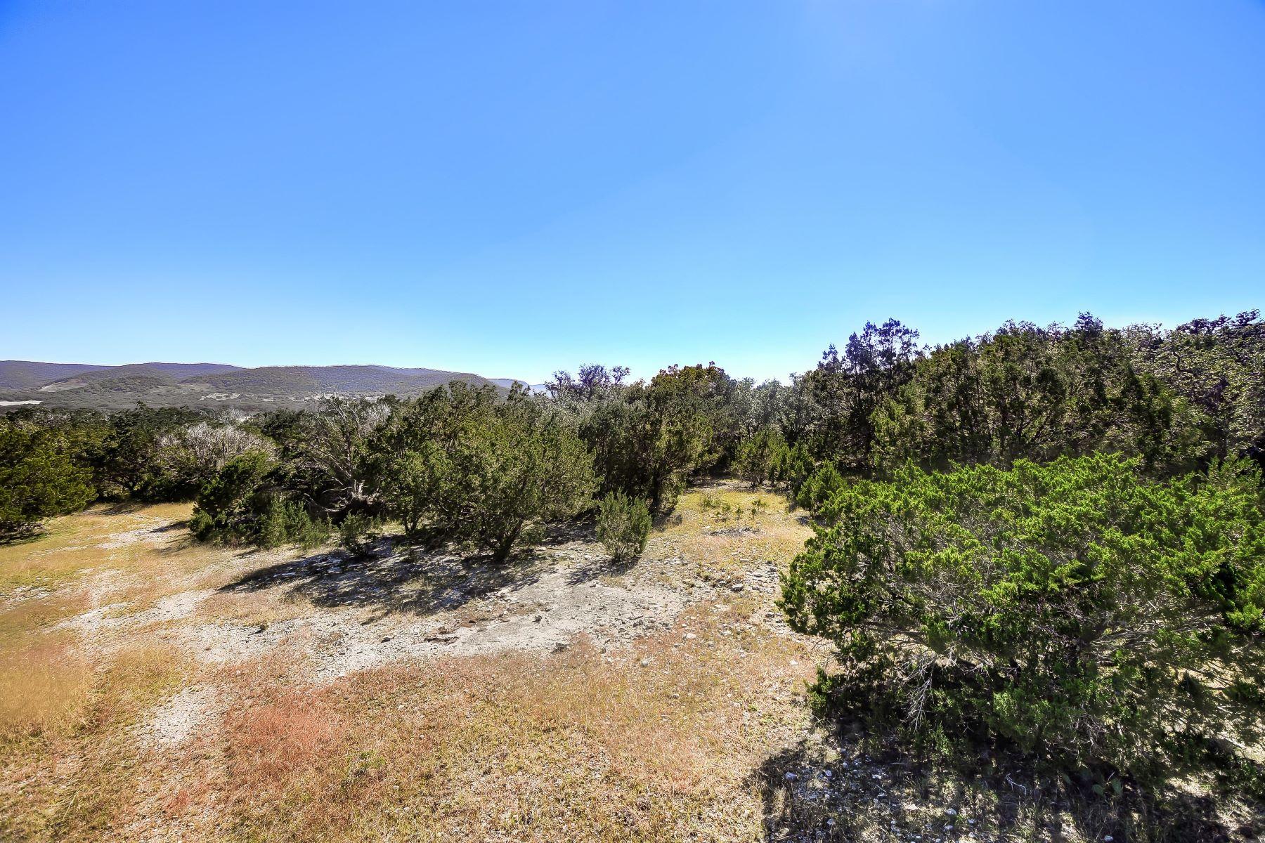 Landgut / Bauernhof / Plantage für Verkauf beim Lovely Property surrounded by Grand Trees 0 U.S. HWY 83 , Leakey, Texas 78873, Leakey, Texas 78873 Vereinigte Staaten