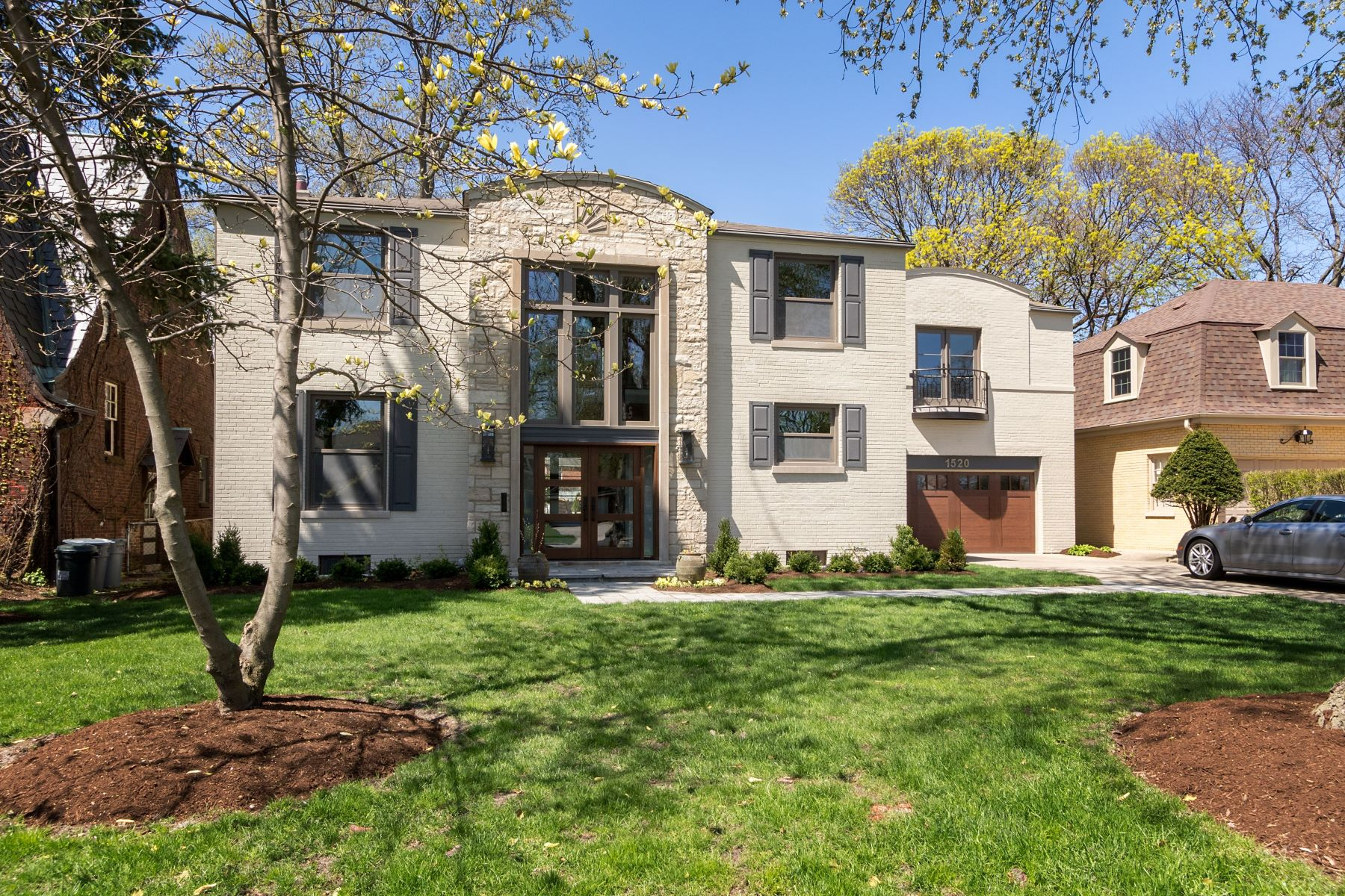Single Family Homes for Sale at Elegant River Forest Home 1520 Franklin Avenue River Forest, Illinois 60305 United States