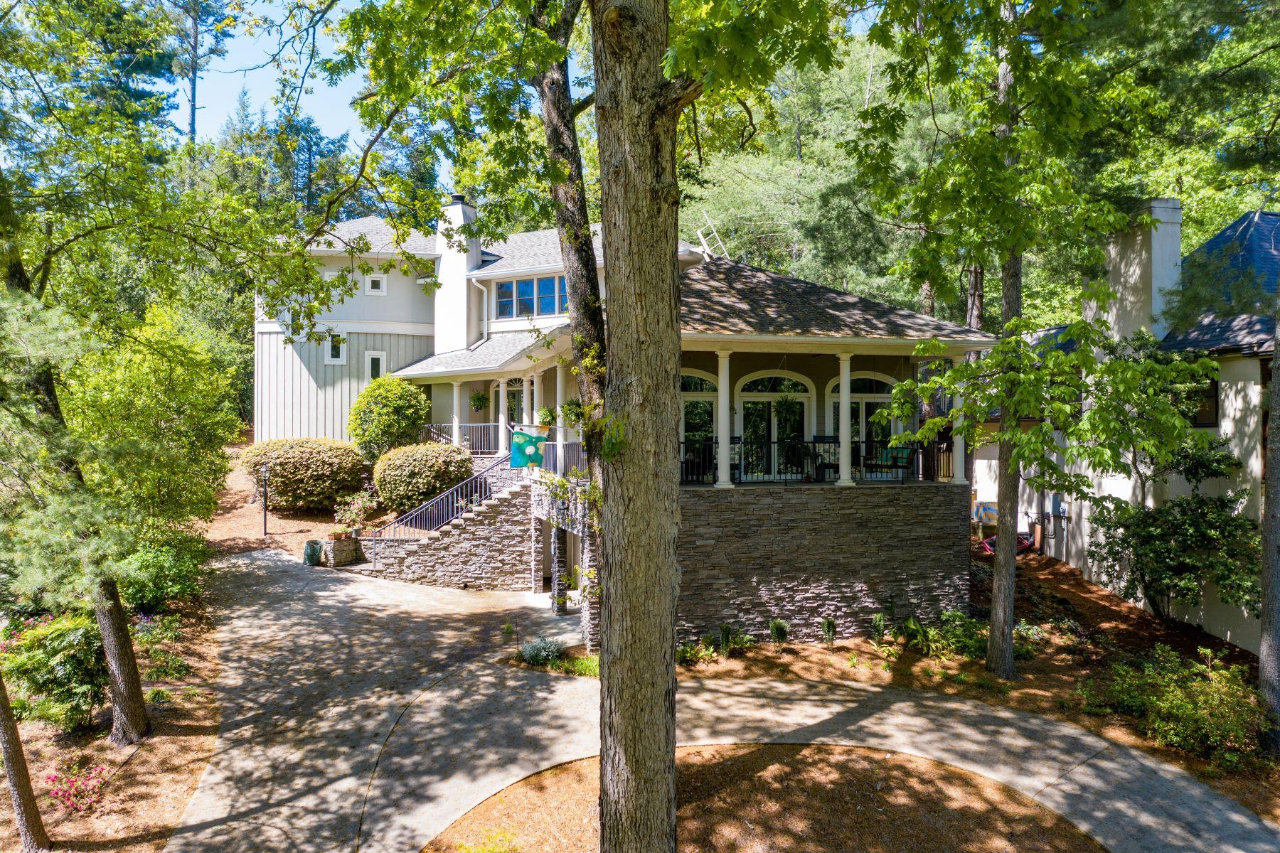 Single Family Homes por un Venta en 33 Rock Creek Drive, Greenville, SC 29605 Greenville, Carolina del Sur 29605 Estados Unidos